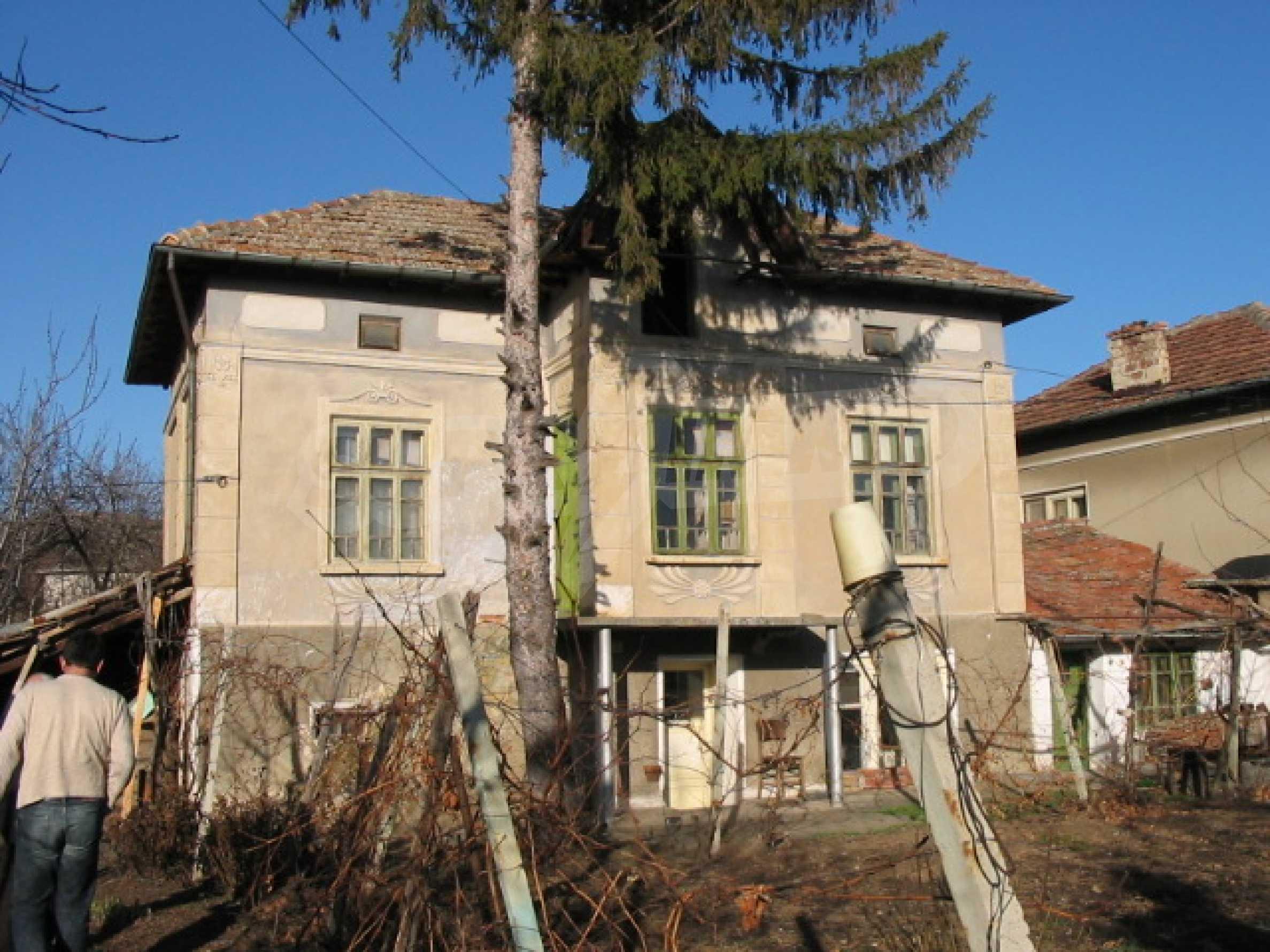 Селски имот на 30 км от Велико Търново