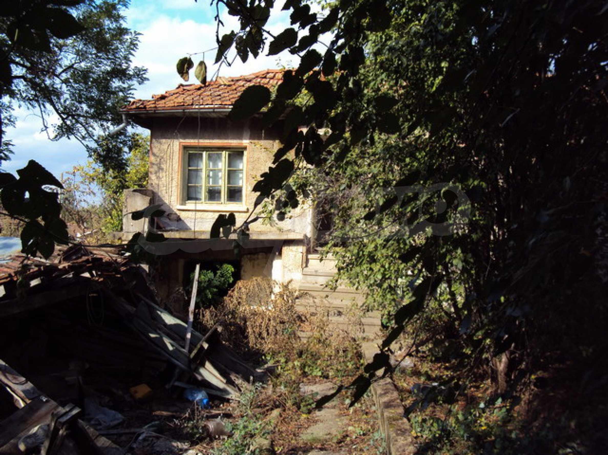 Къща за продажба до Велико Търново 1