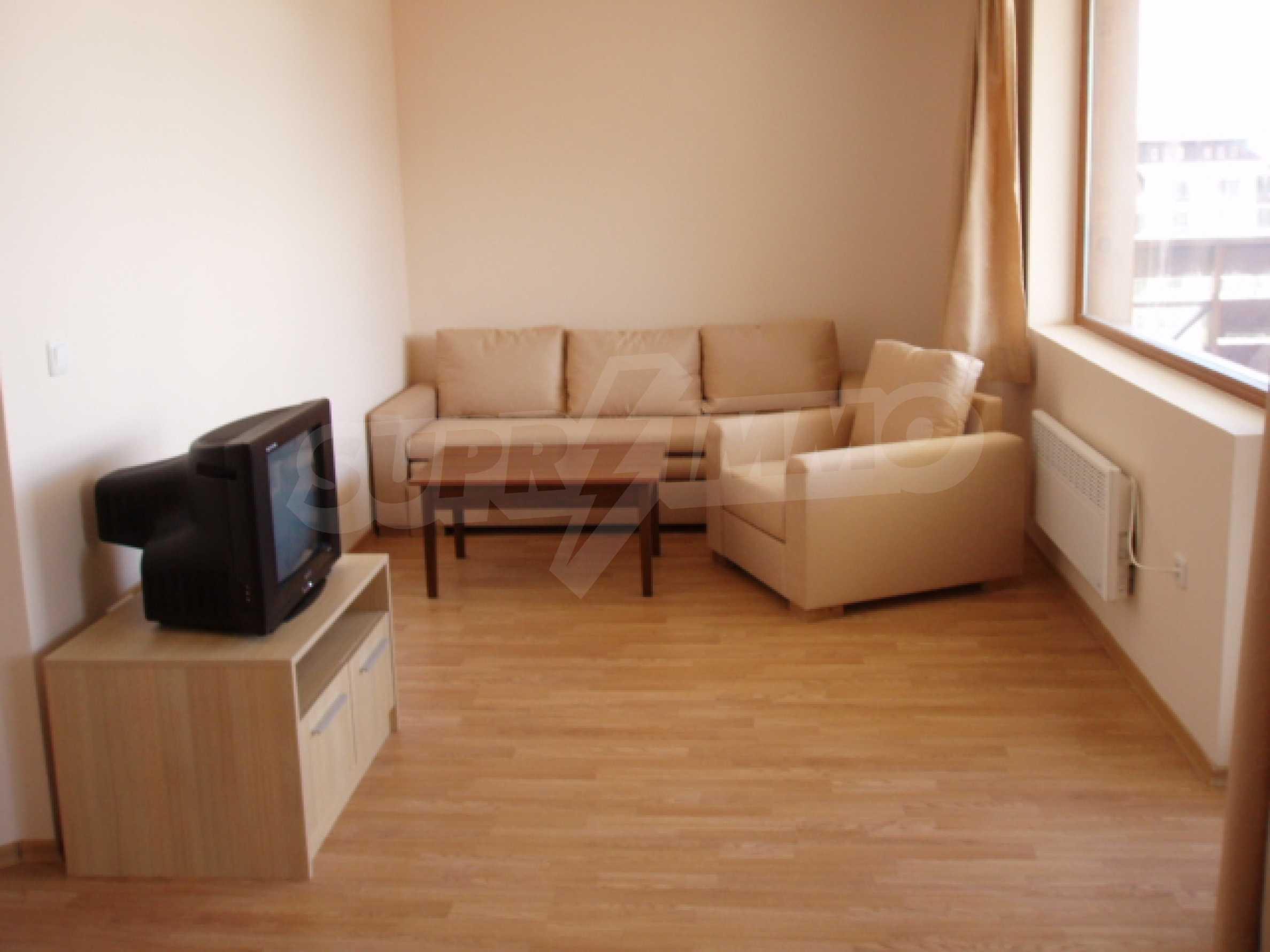 Тристаен апартамент за продажба в гр. Банско 1