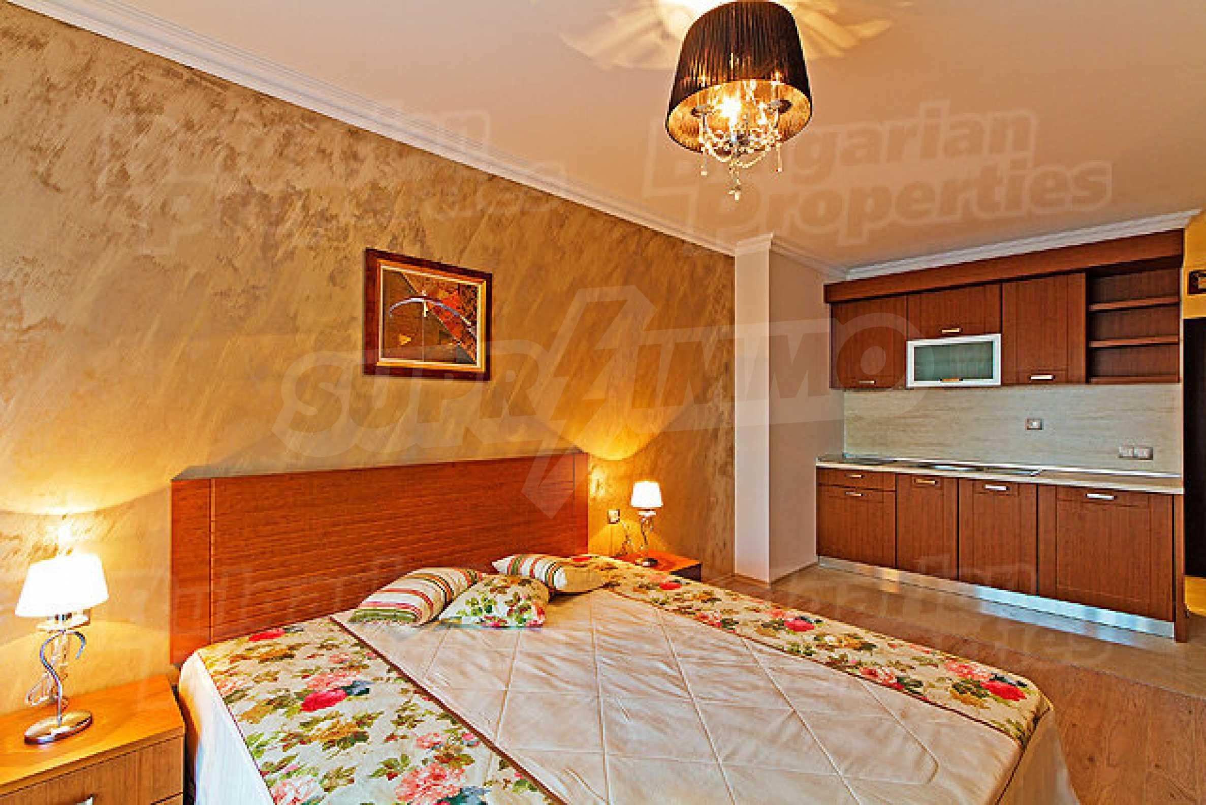 Апартаменти различни типове на метри от плажа 32