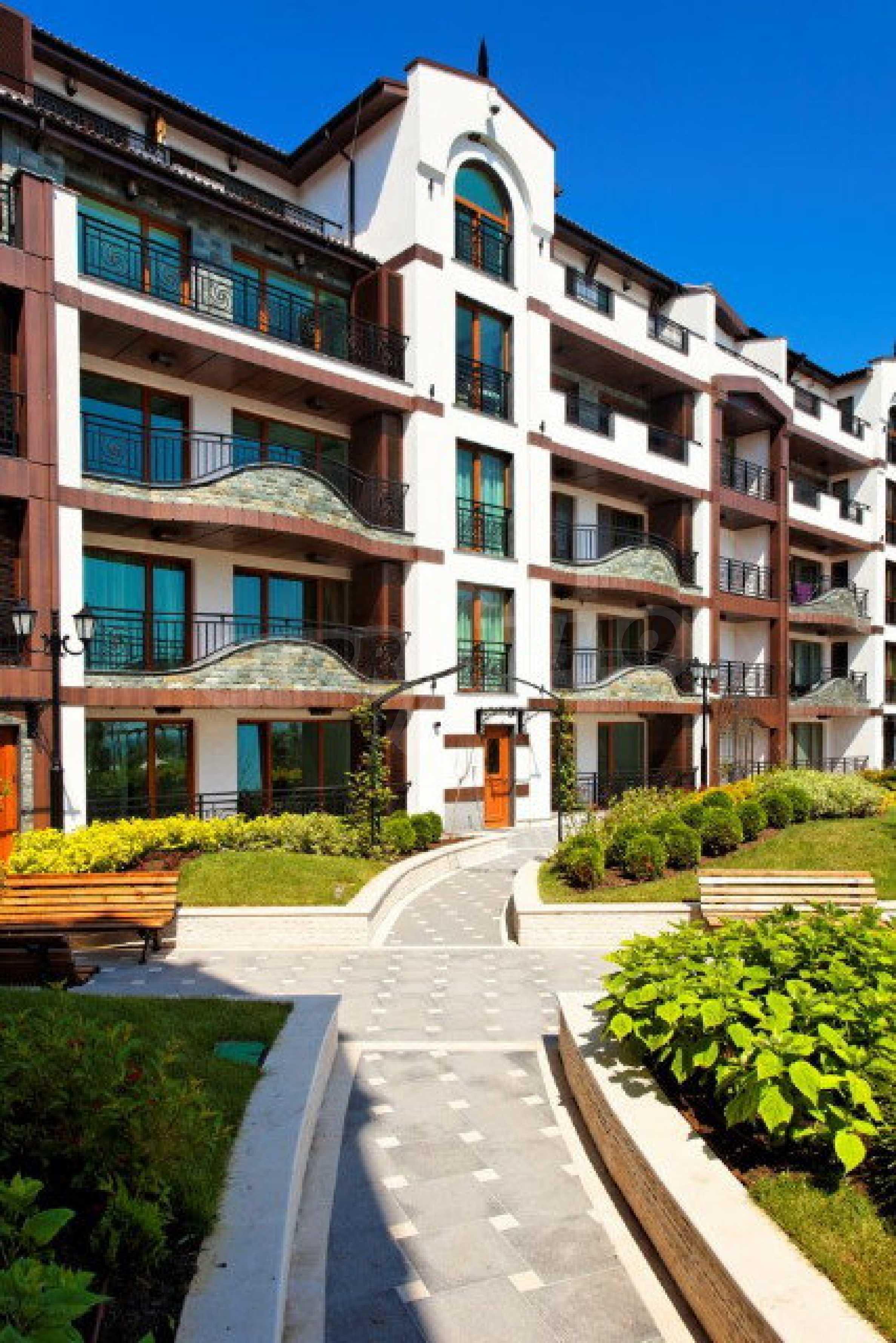 Апартаменти различни типове на метри от плажа 48