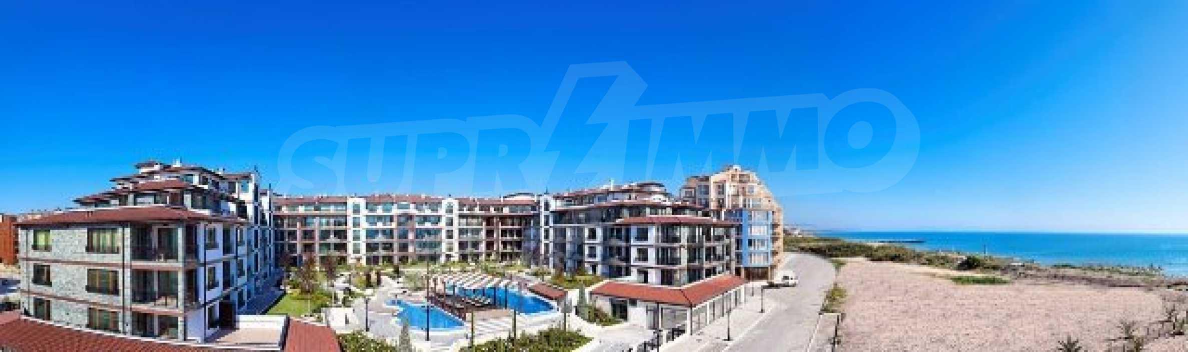 Апартаменти различни типове на метри от плажа 2
