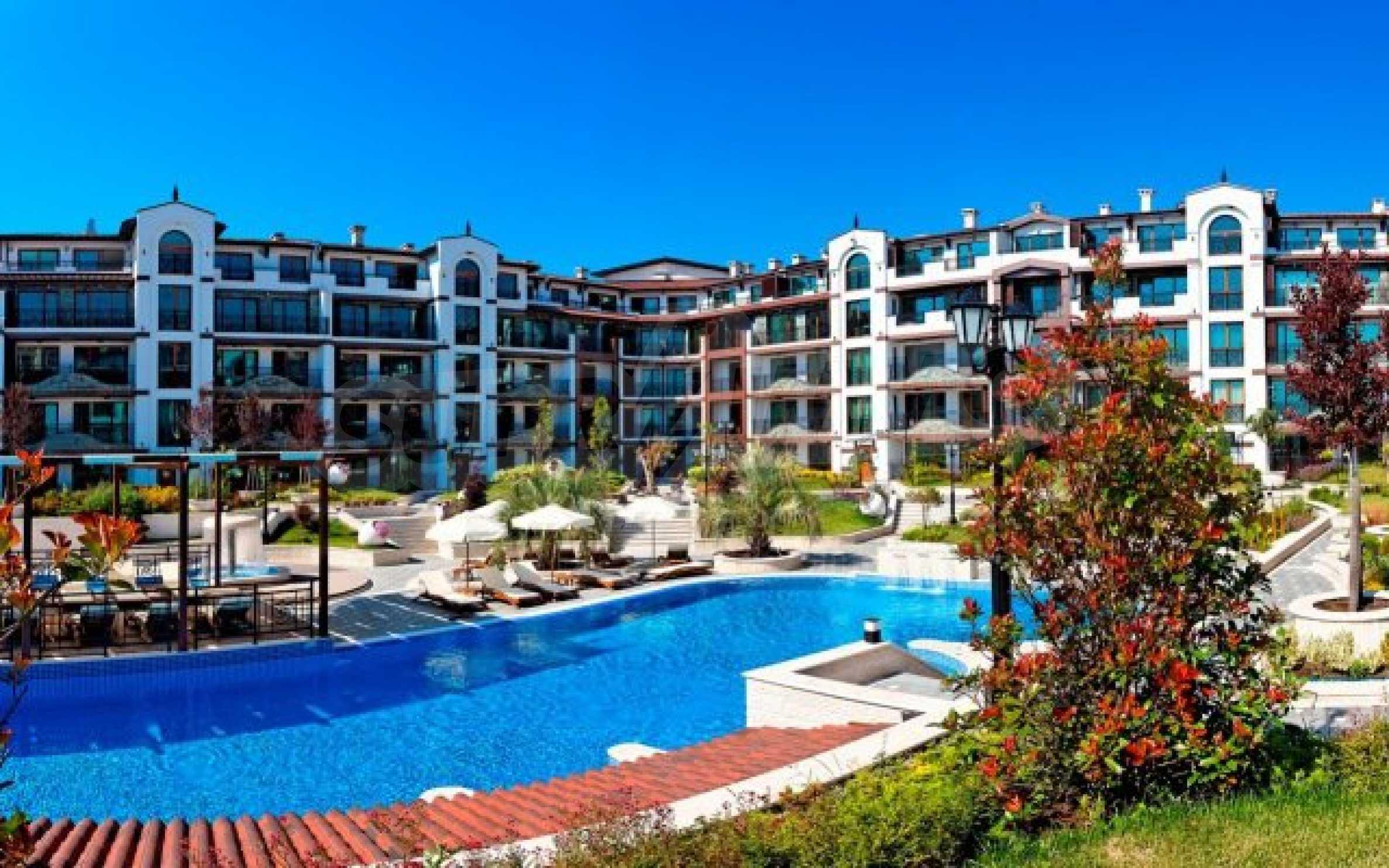 Апартаменти различни типове на метри от плажа 9
