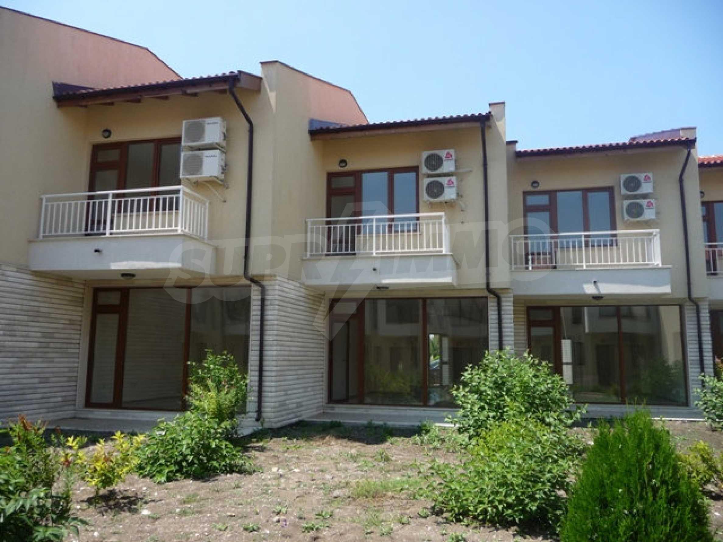 Двуетажна къща в Лайтхоус Голф Резорт 5