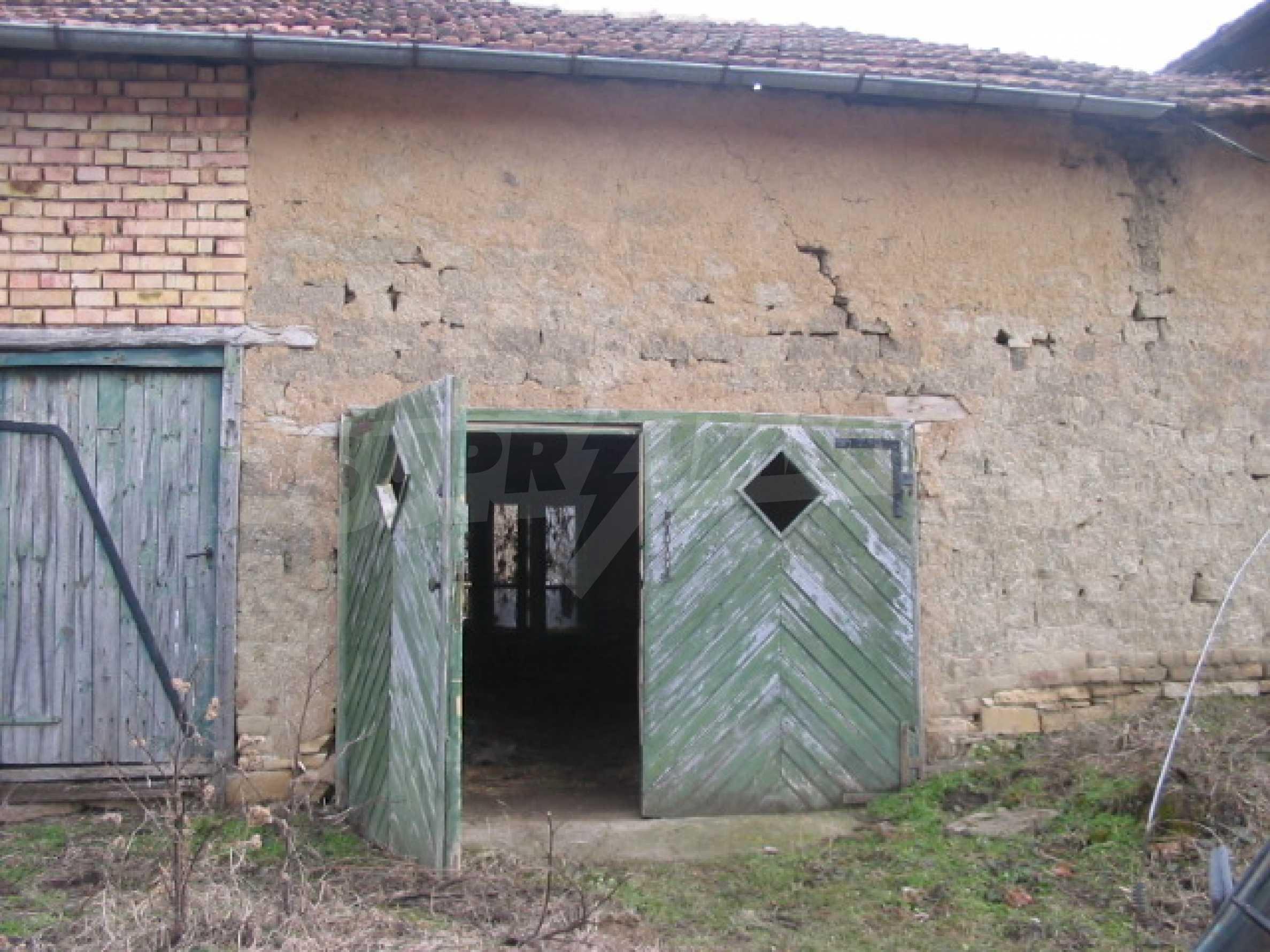 Къща за продажба близо до гр. Велико Търново 13