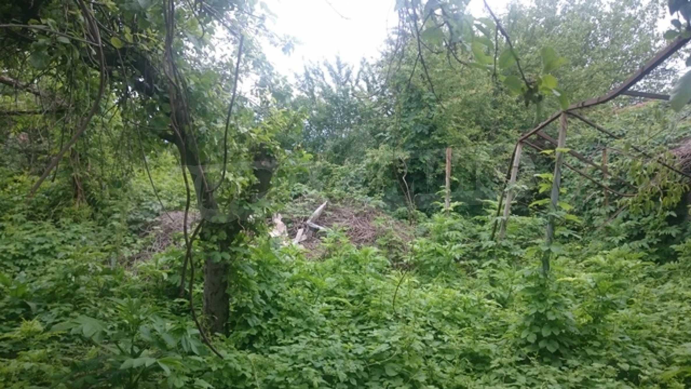 Двуетажна каменна къща в полите на Стара планина 24