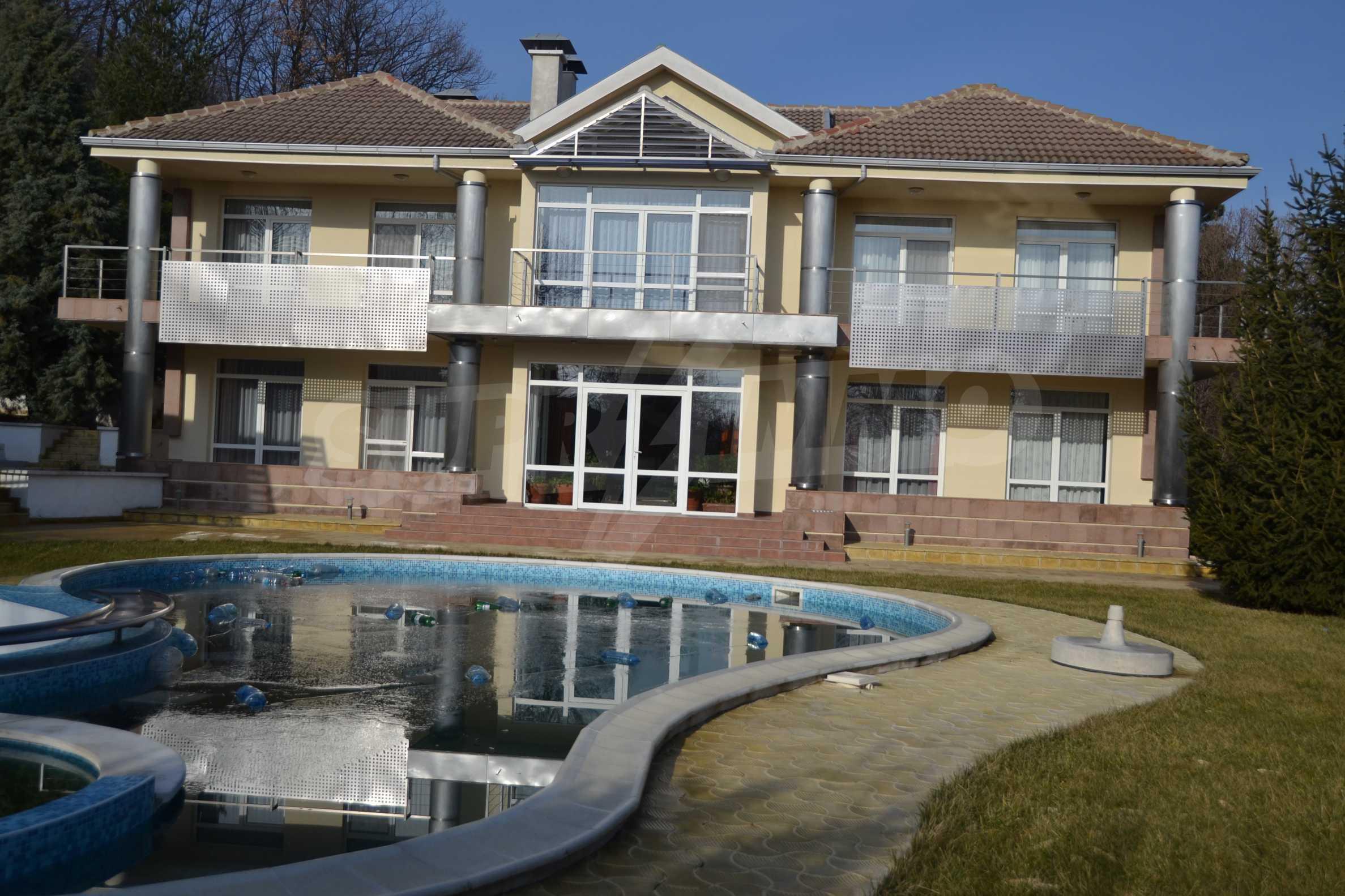 Разкошно имение близо до Варна 2