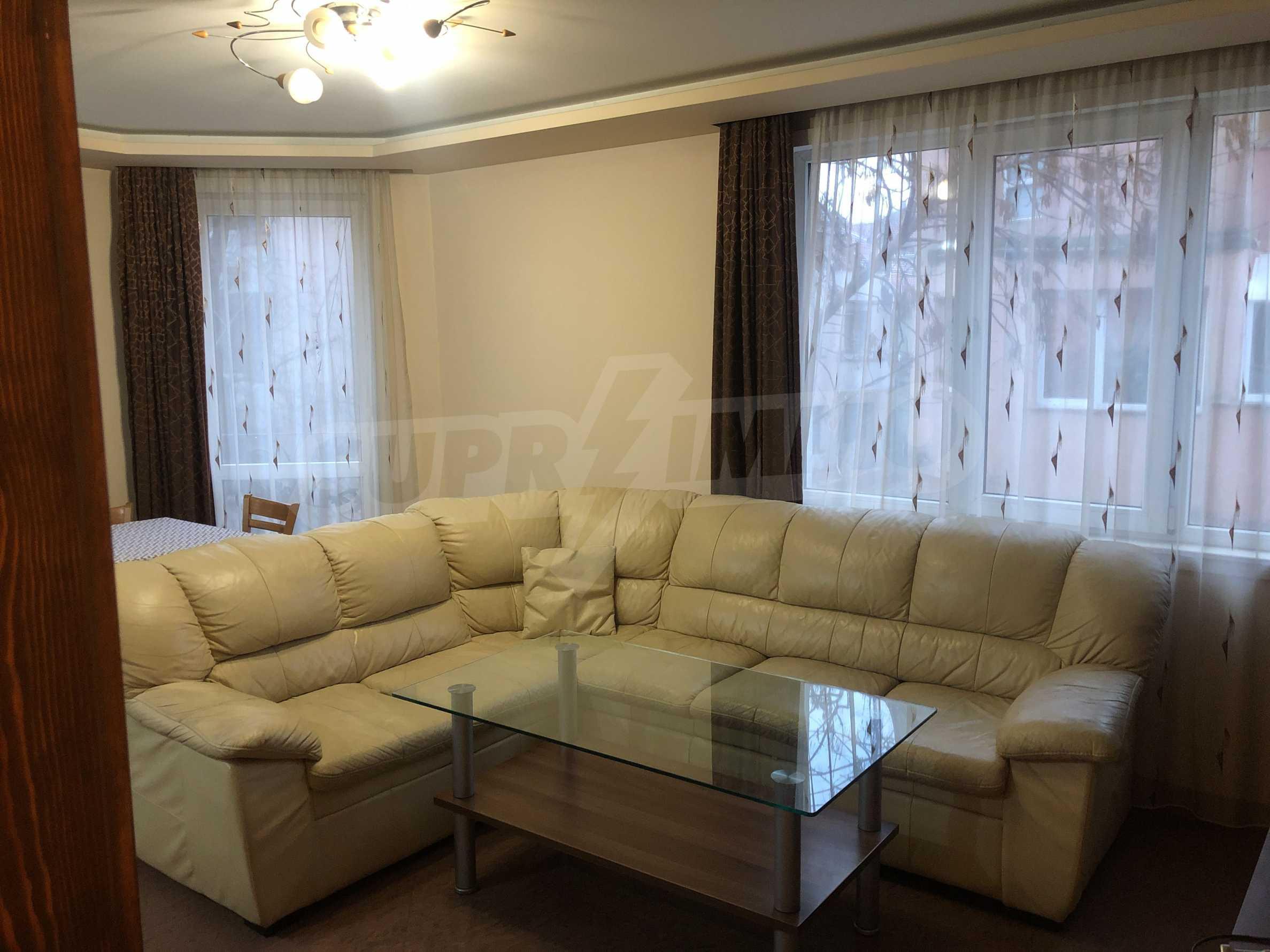 Апартамент Мистик - тристайно жилище под наем до Мак Драйв 4