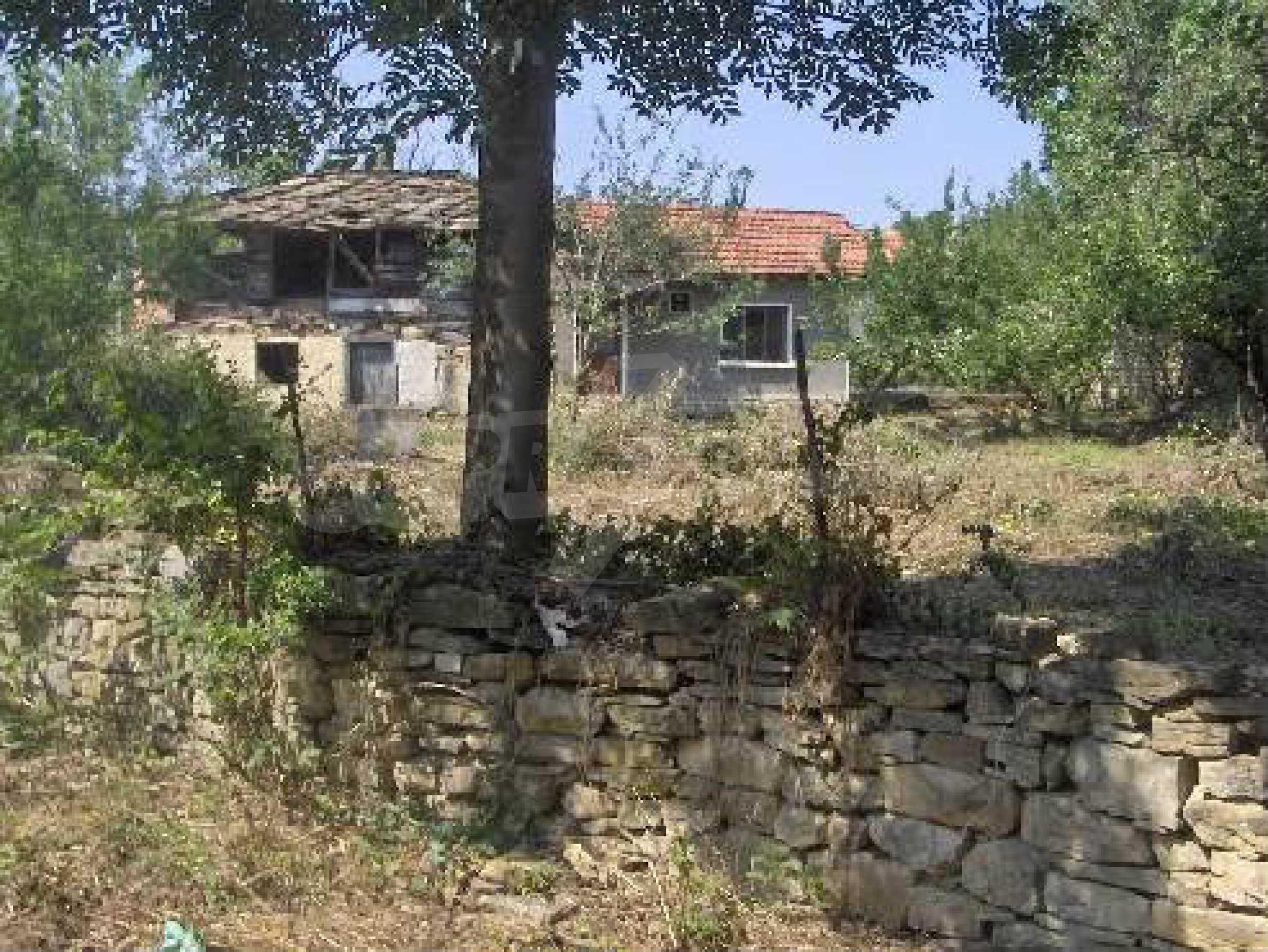Einstöckiges Haus mit Garten 12 km von der Stadt Sevlievo entfernt 2