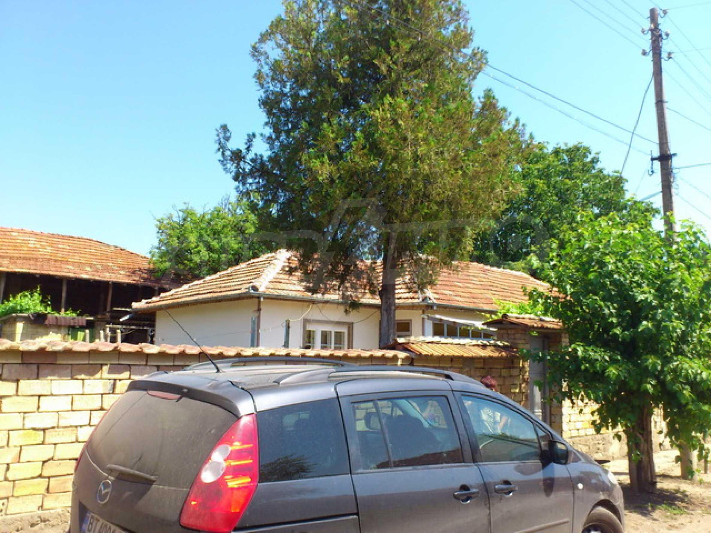 Renovated farmhouse in excellent condition in a village 45 km. from Veliko Tarnovo 38
