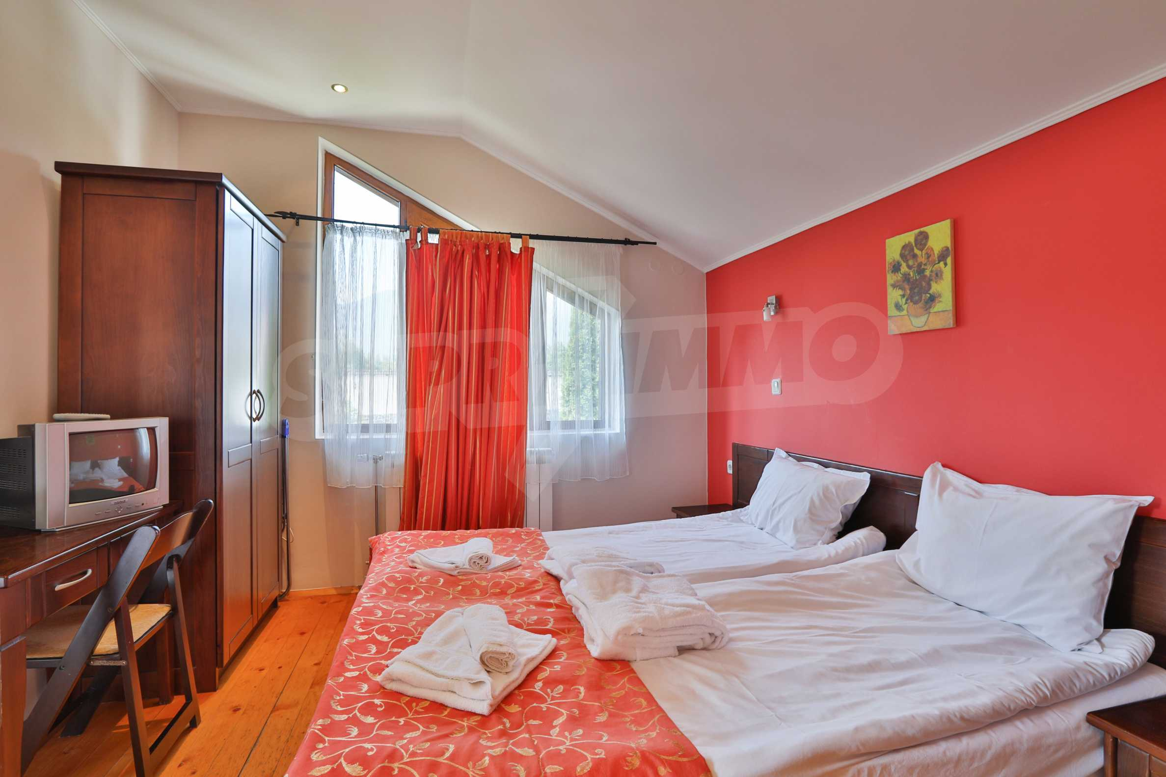 Fully furnished two-bedroom chalet in Redenka Holiday Club 14