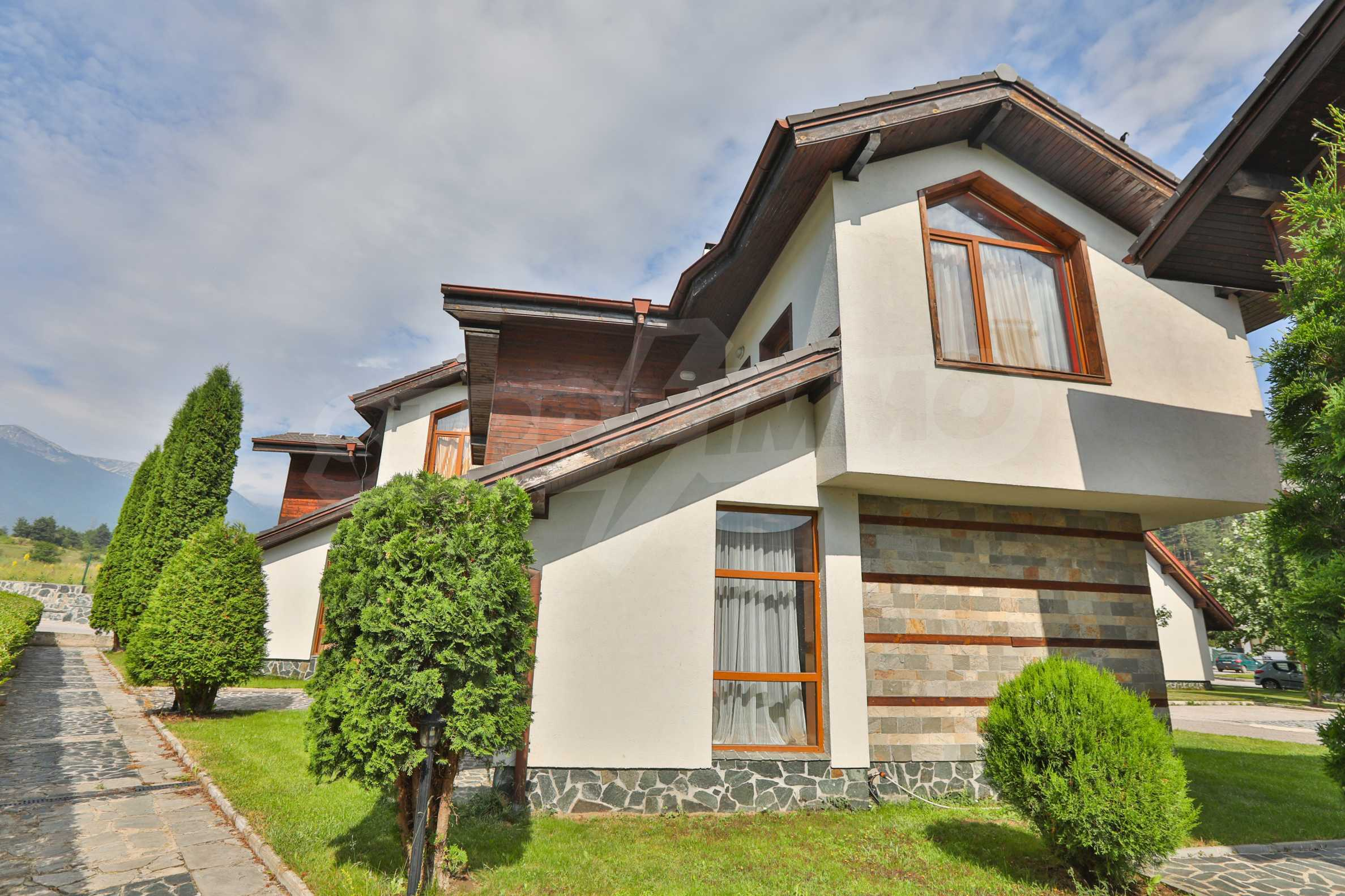 Fully furnished two-bedroom chalet in Redenka Holiday Club 1