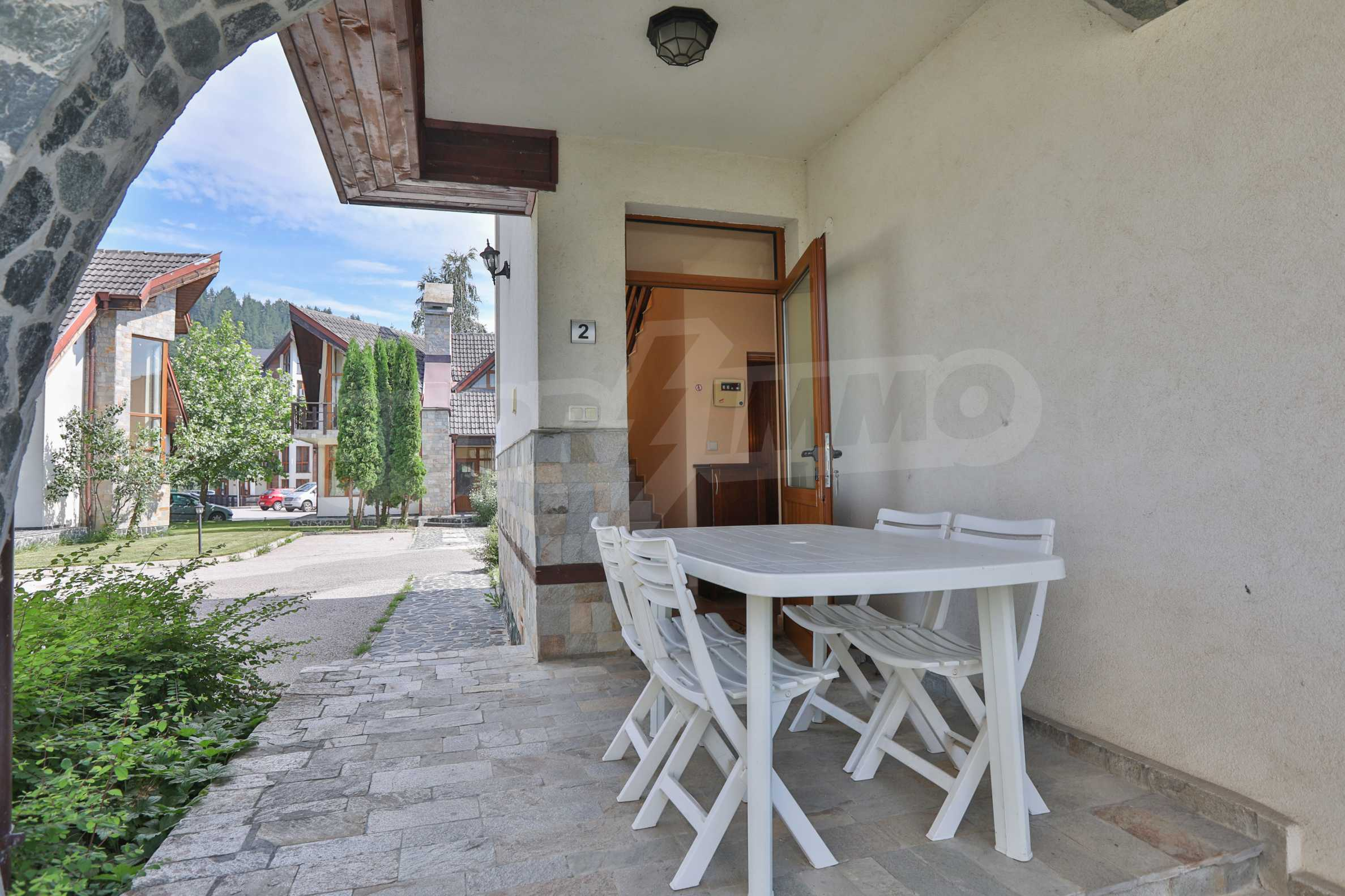 Fully furnished two-bedroom chalet in Redenka Holiday Club 2