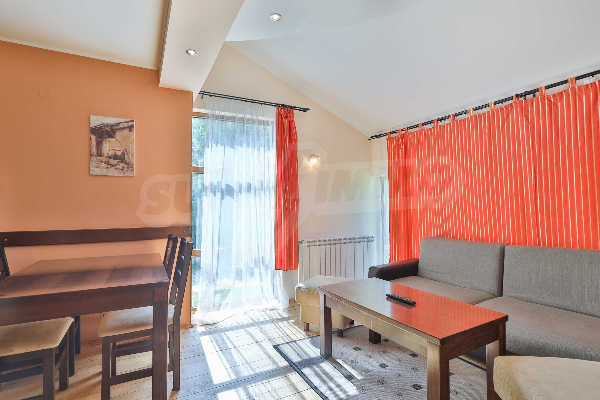 Fully furnished two-bedroom chalet in Redenka Holiday Club 4