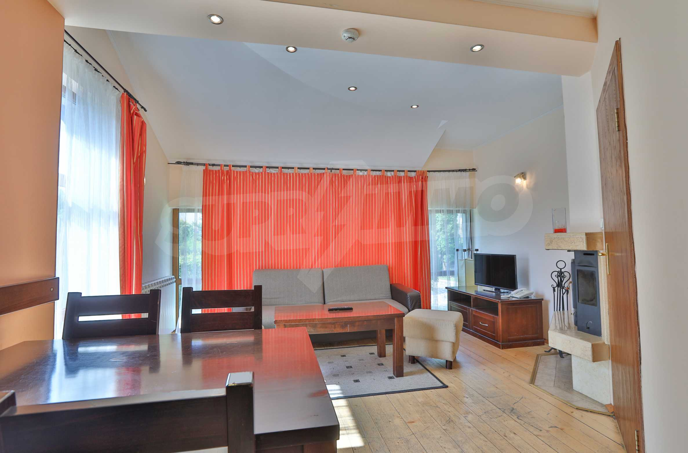 Fully furnished two-bedroom chalet in Redenka Holiday Club 7