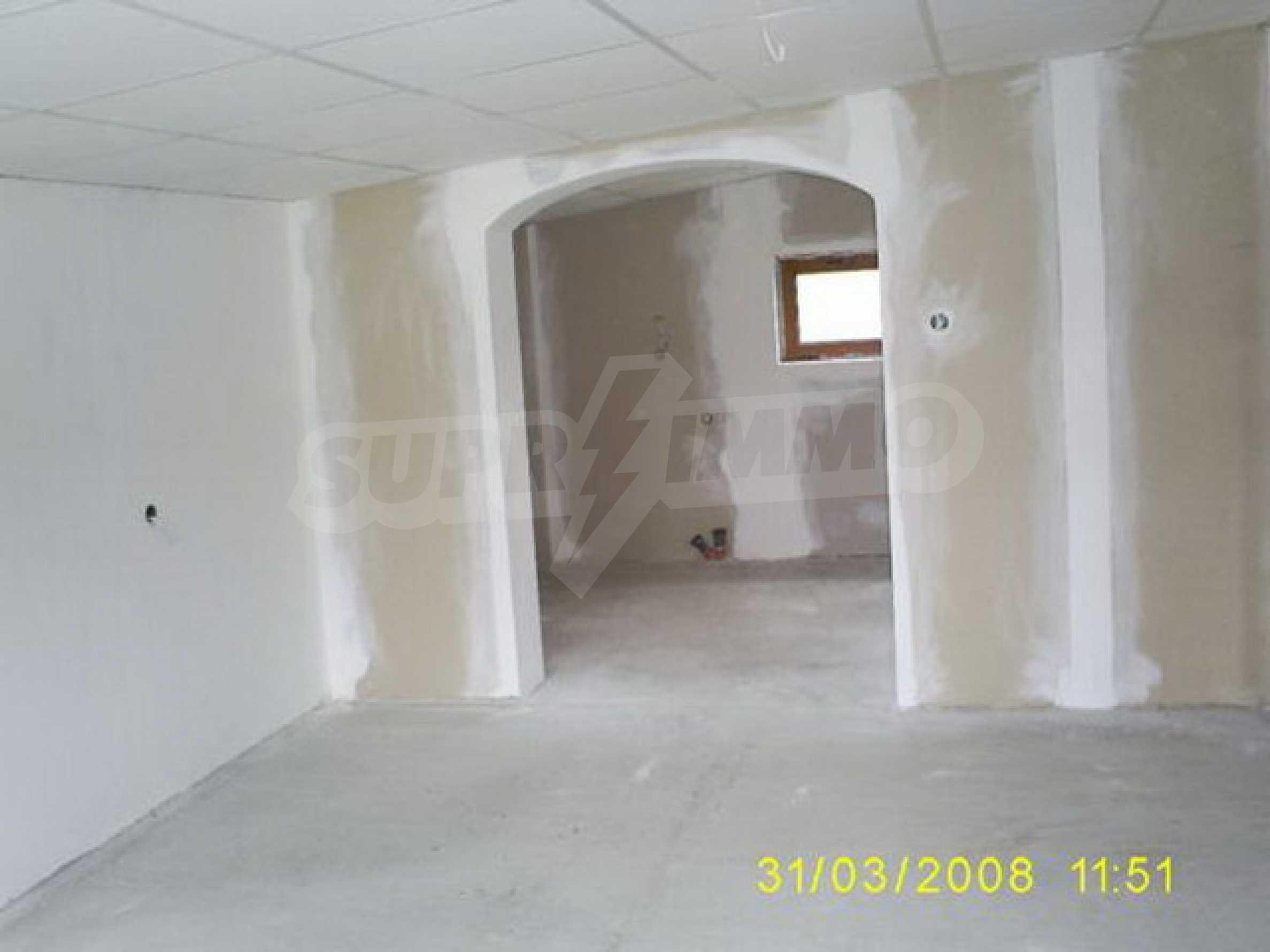 Триетажна къща, ново строителство в близост до Велико Търново 2
