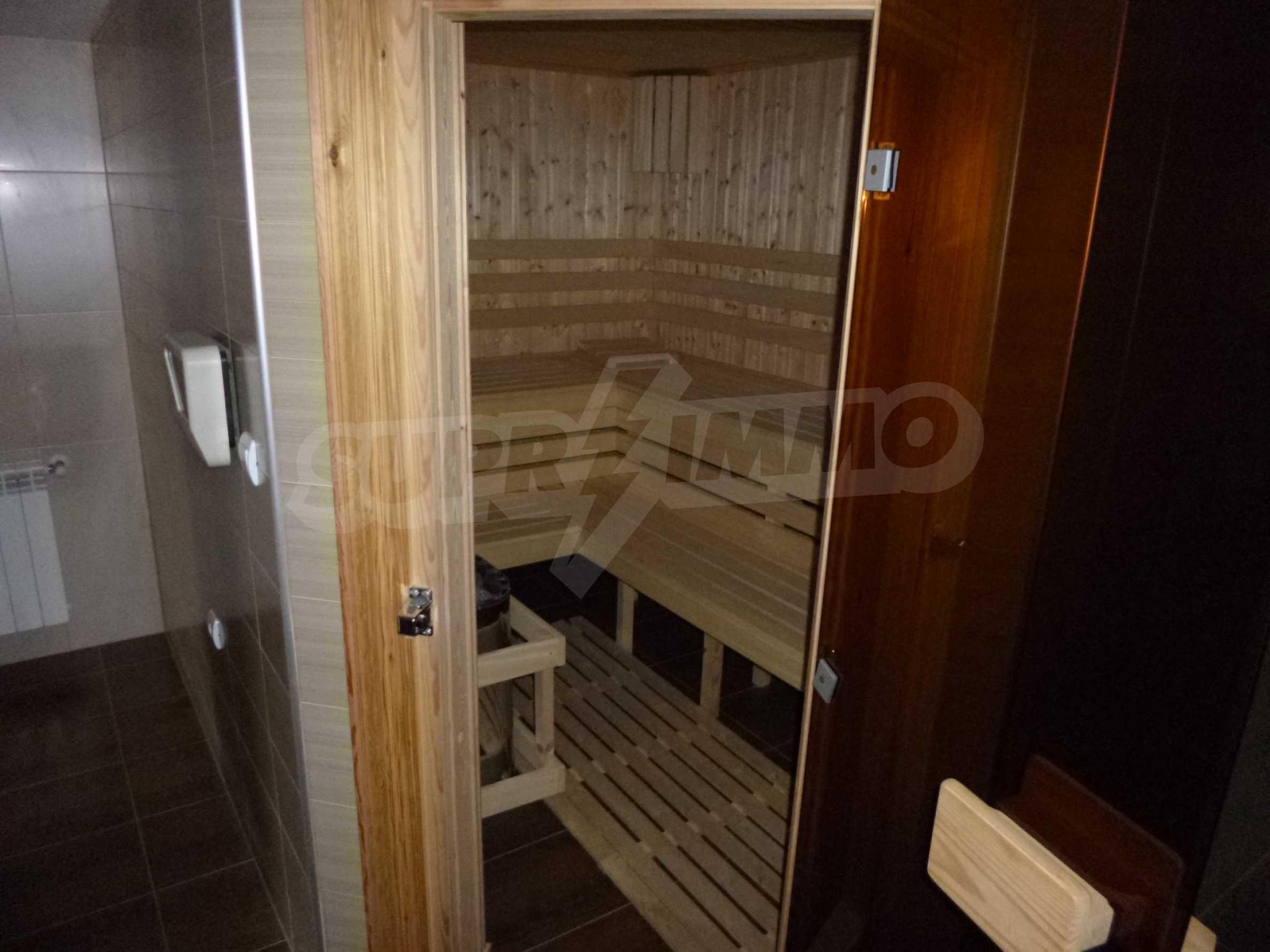 Apartment mit zwei Schlafzimmern im Panoramakomplex 23