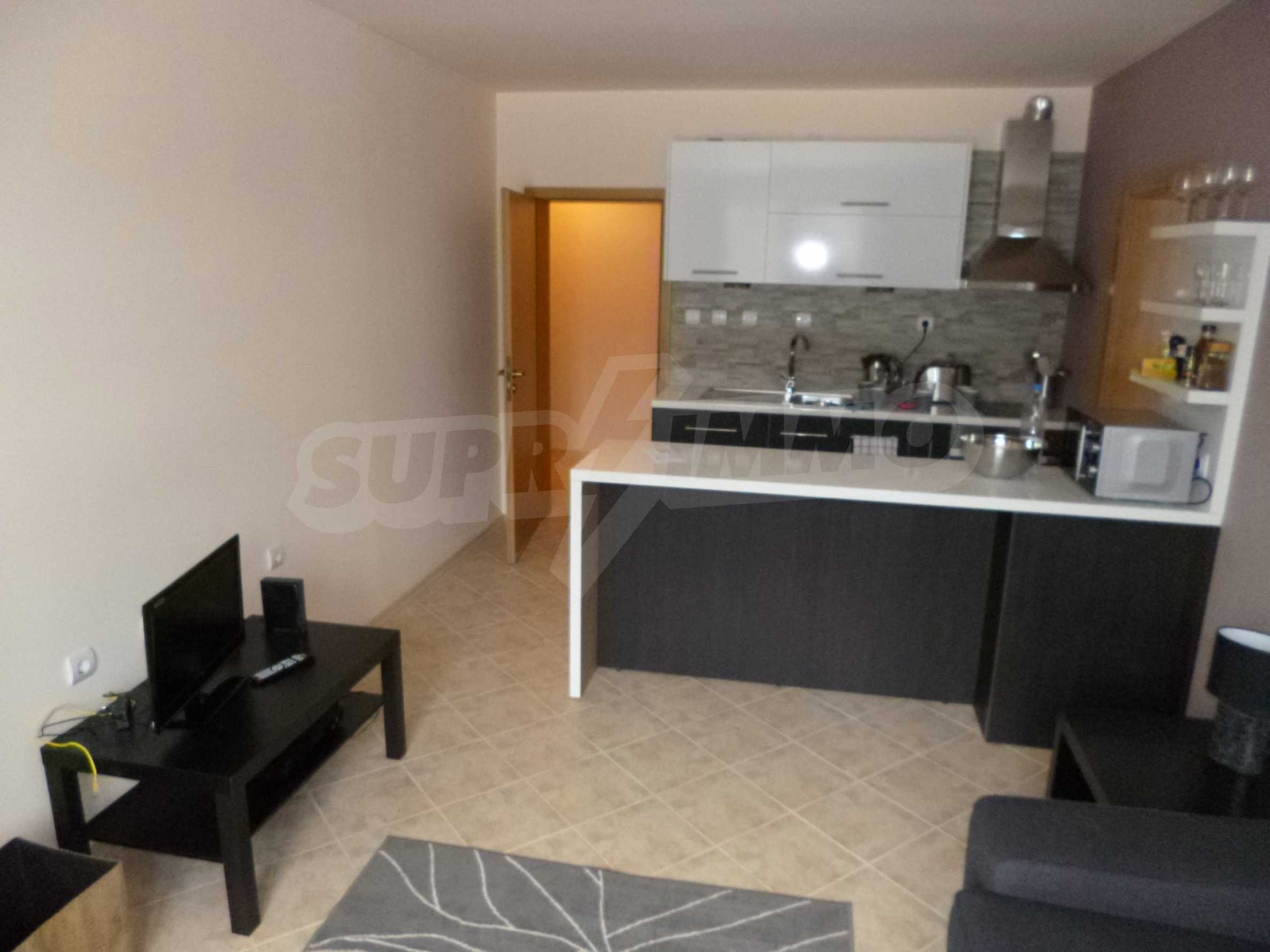 Apartment mit zwei Schlafzimmern im Panoramakomplex 3
