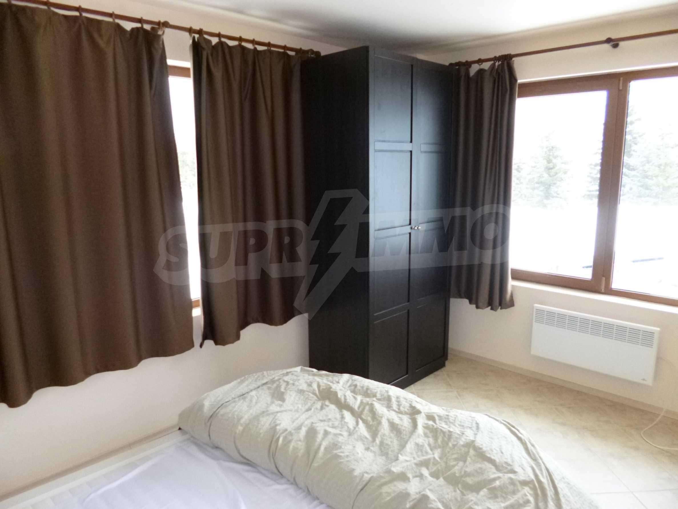 Apartment mit zwei Schlafzimmern im Panoramakomplex 8