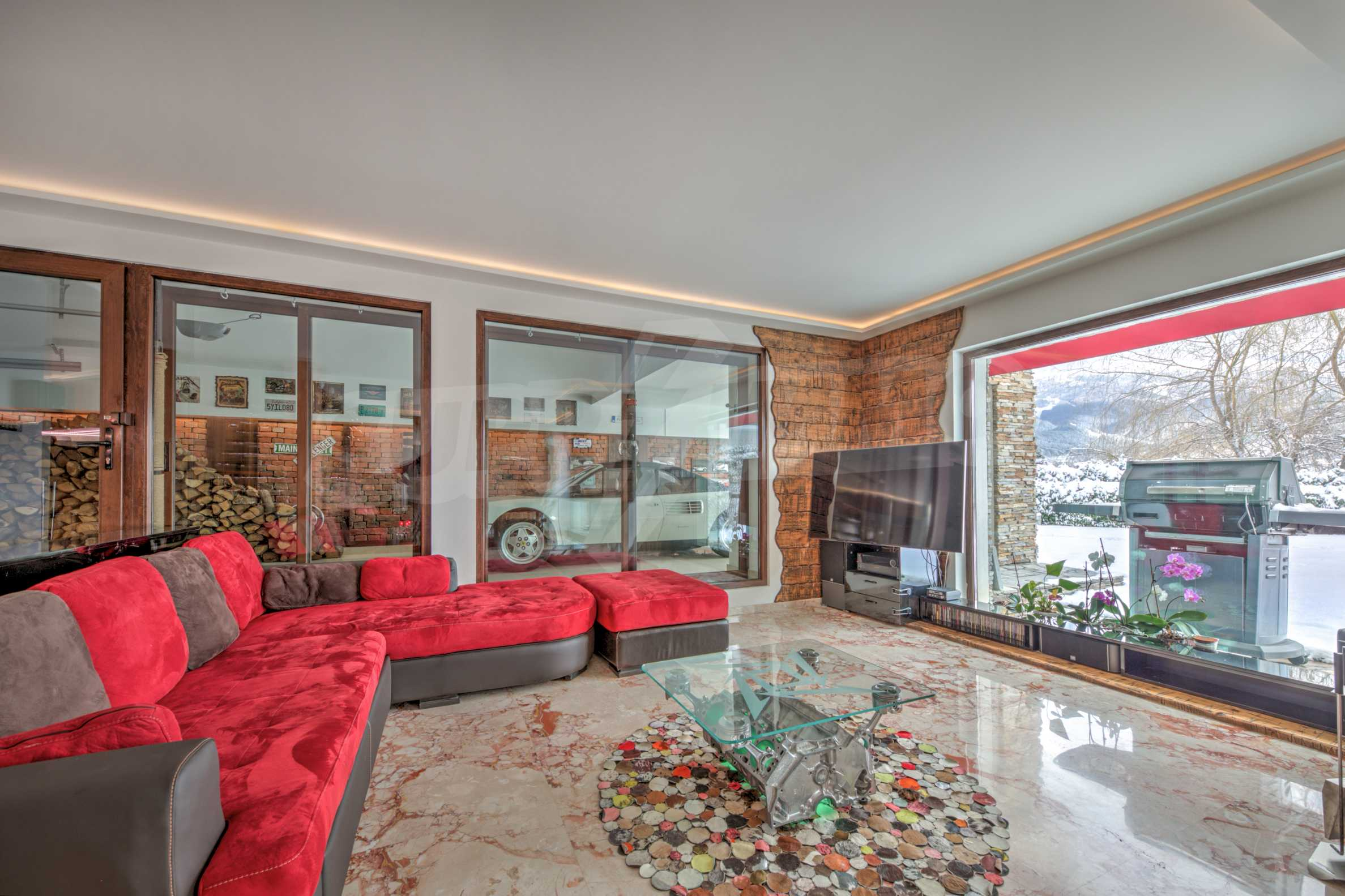 Furnished 3-bedroom property with own spa centre in the Delta Hills estate 11
