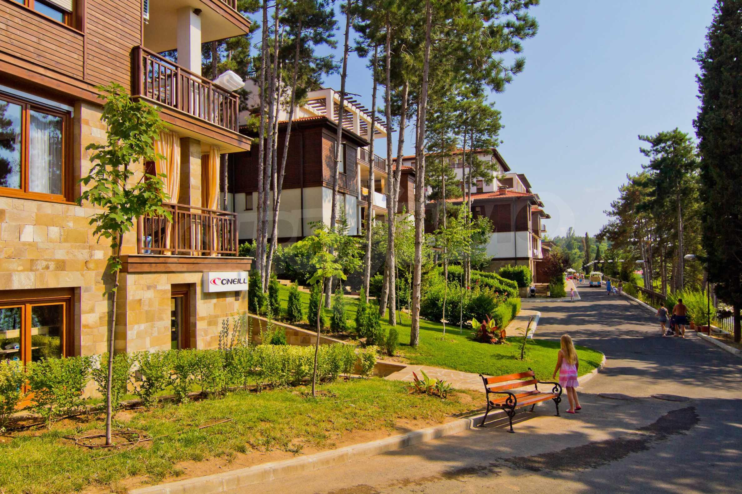 Впечатляващ комплекс с ваканционни жилища в близост до Созопол 22