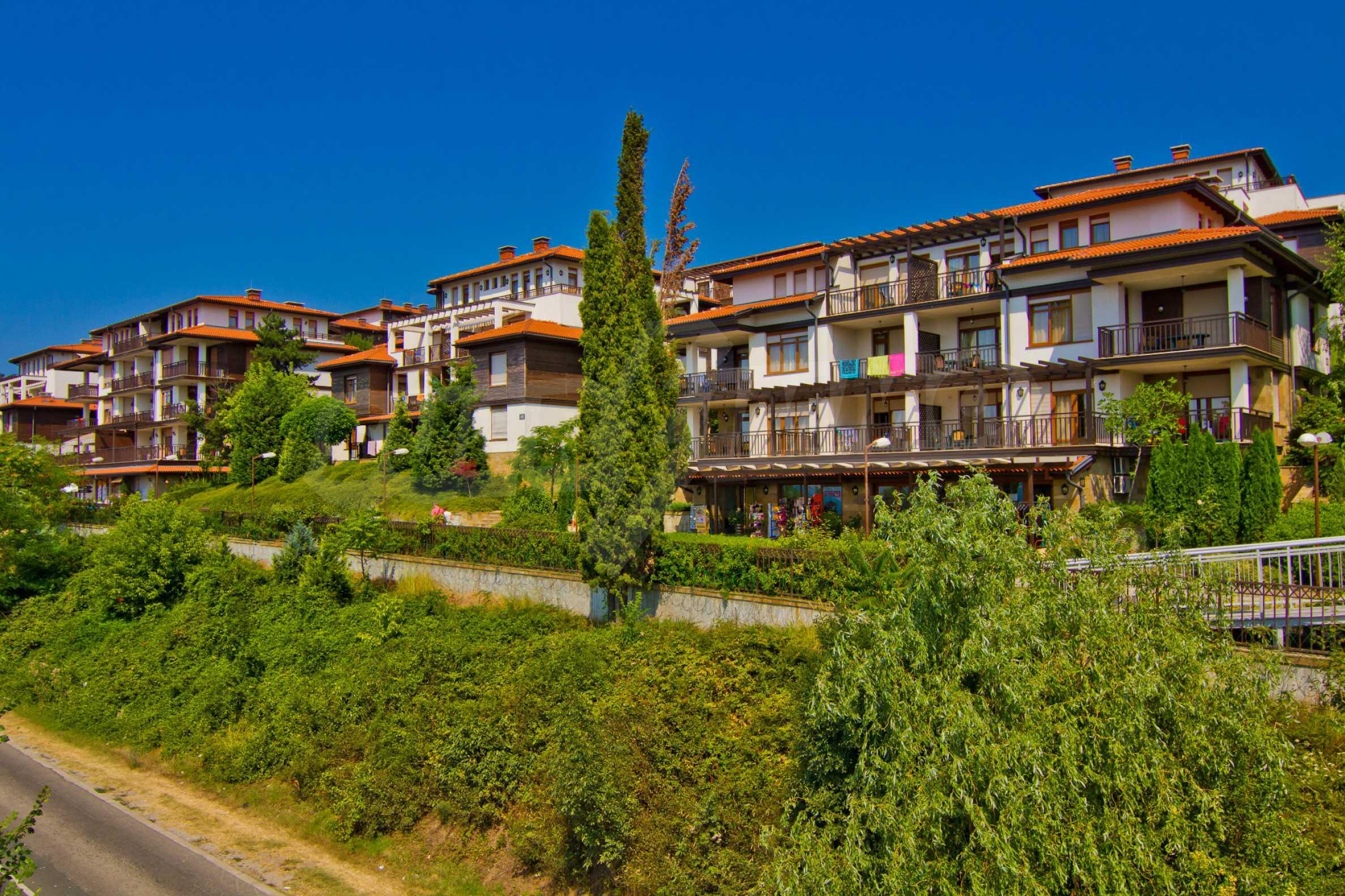 Впечатляващ комплекс с ваканционни жилища в близост до Созопол 19