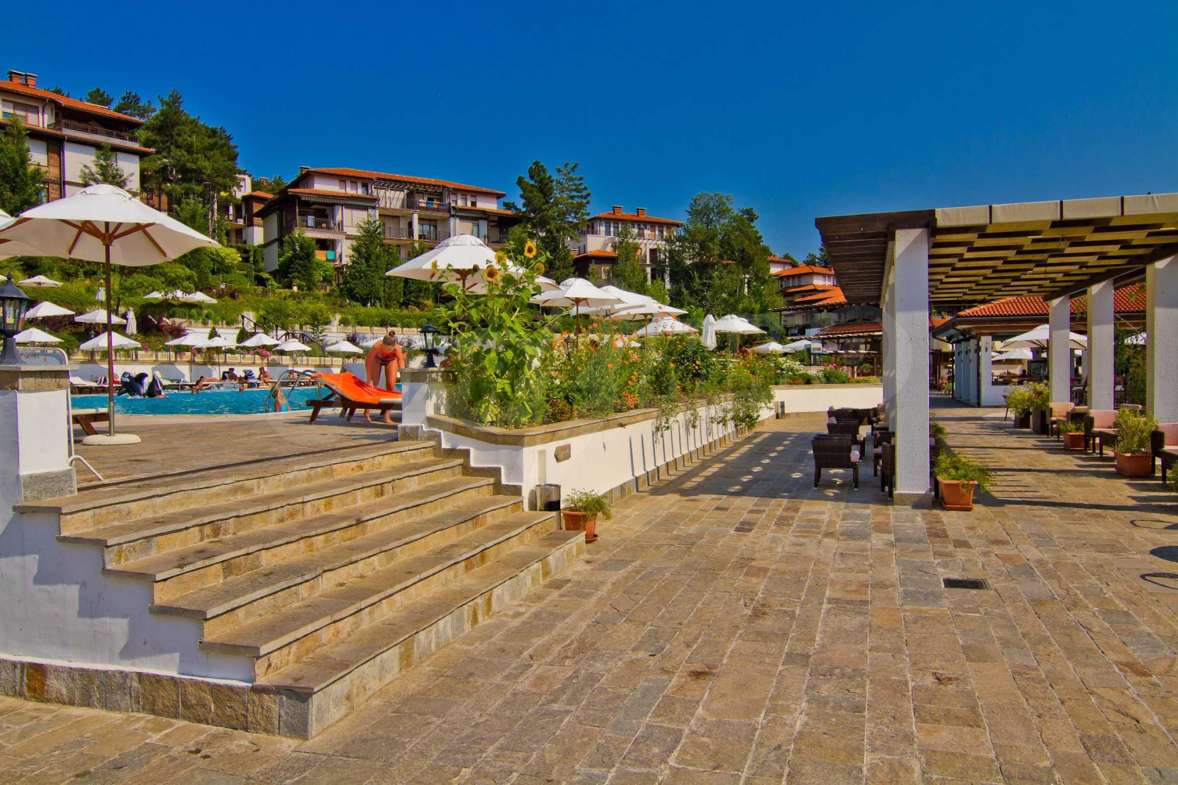 Впечатляващ комплекс с ваканционни жилища в близост до Созопол 29