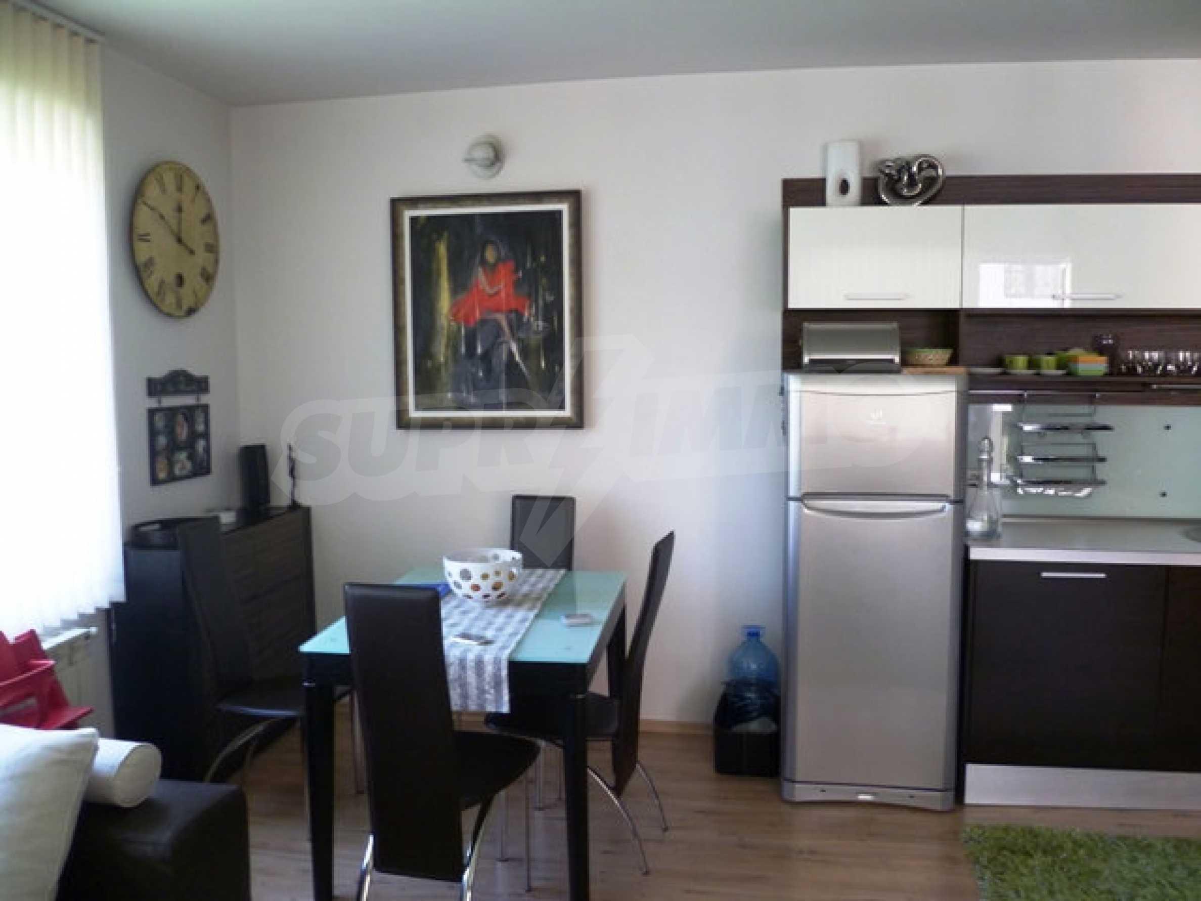 Апартамент Родопски извор 4