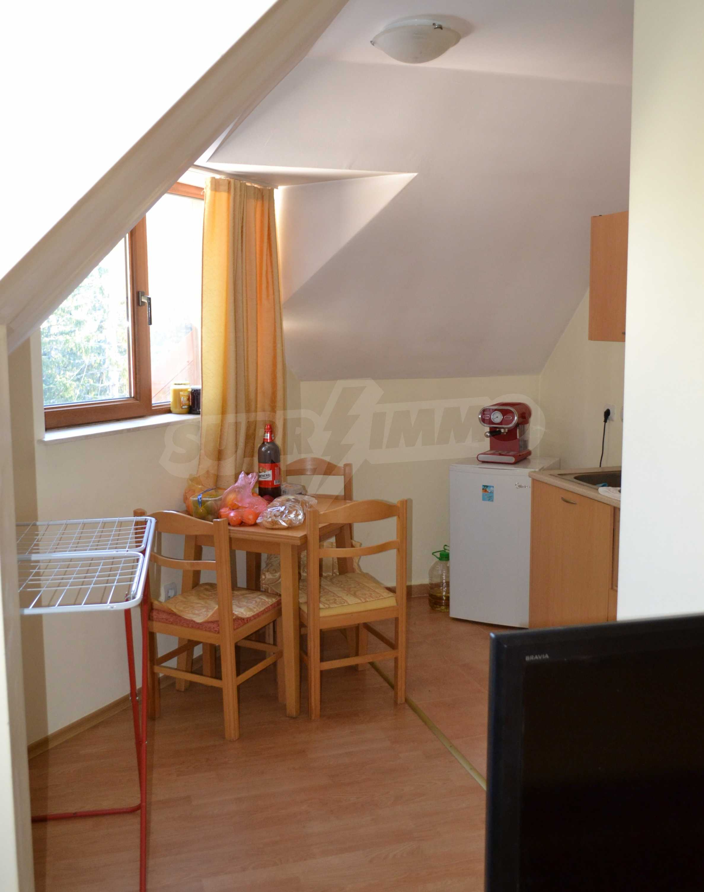 Furnished one-bedroom apartment in a complex with amenities next to the ski slopes of Pamporovo