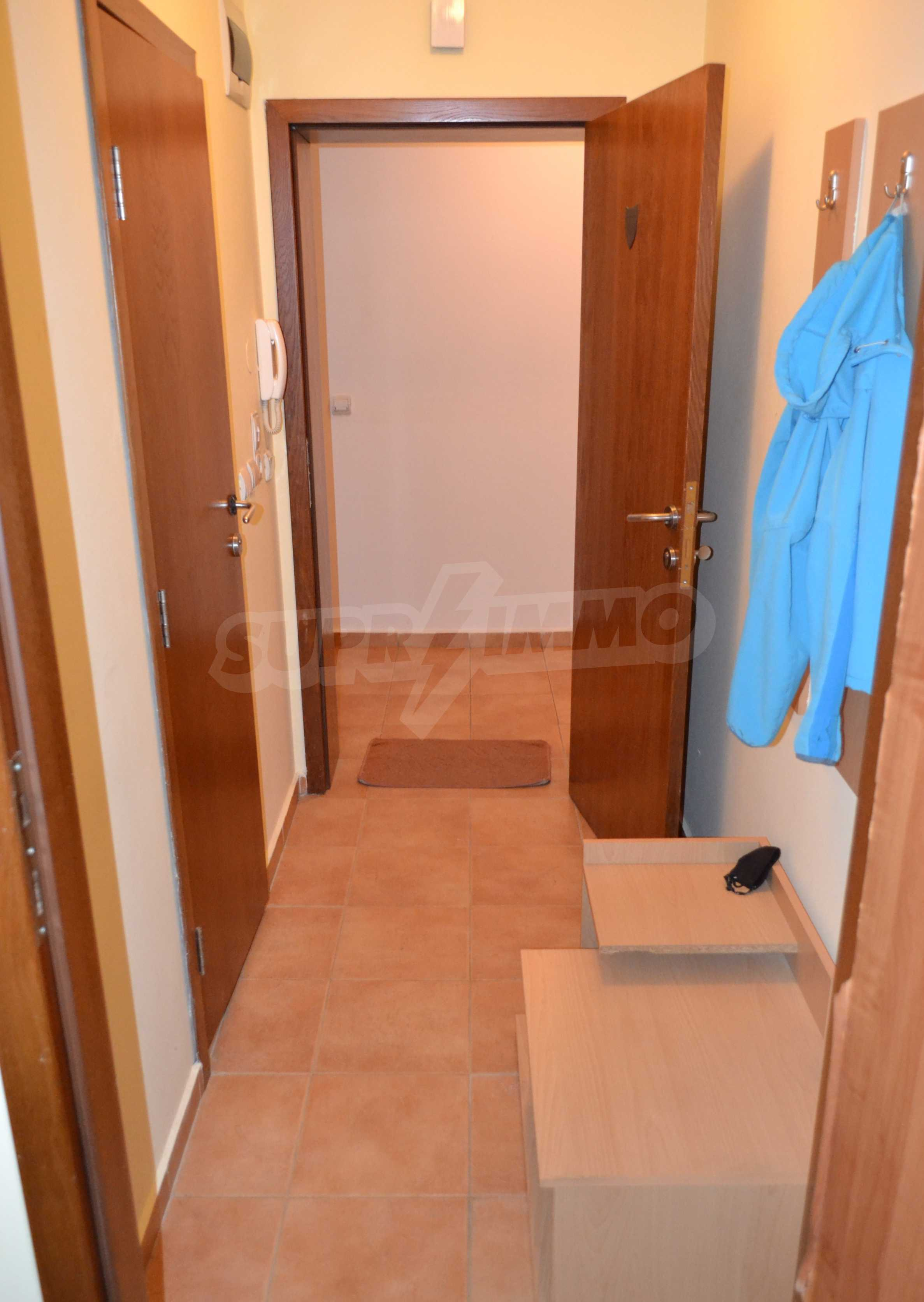 Furnished one-bedroom apartment in a complex with amenities next to the ski slopes of Pamporovo 9