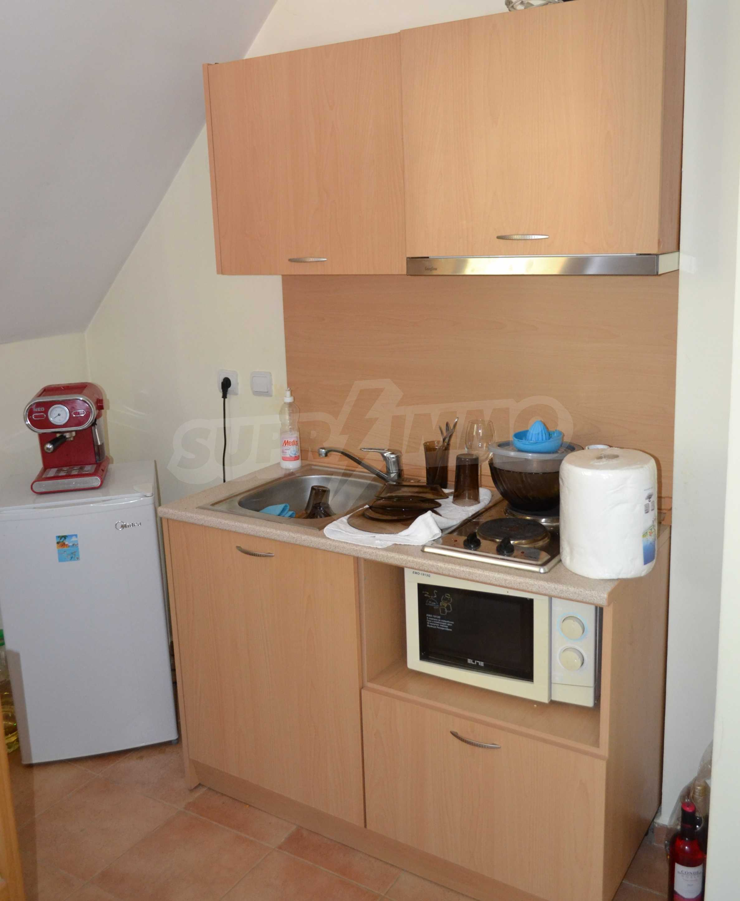 Furnished one-bedroom apartment in a complex with amenities next to the ski slopes of Pamporovo 1