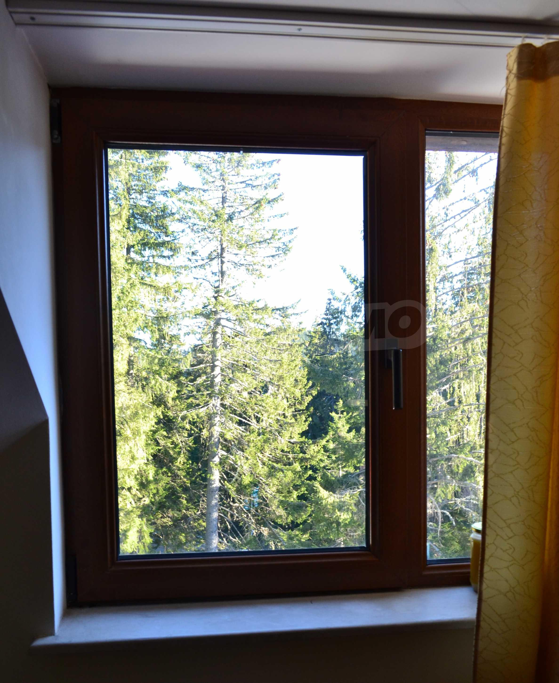 Furnished one-bedroom apartment in a complex with amenities next to the ski slopes of Pamporovo 4