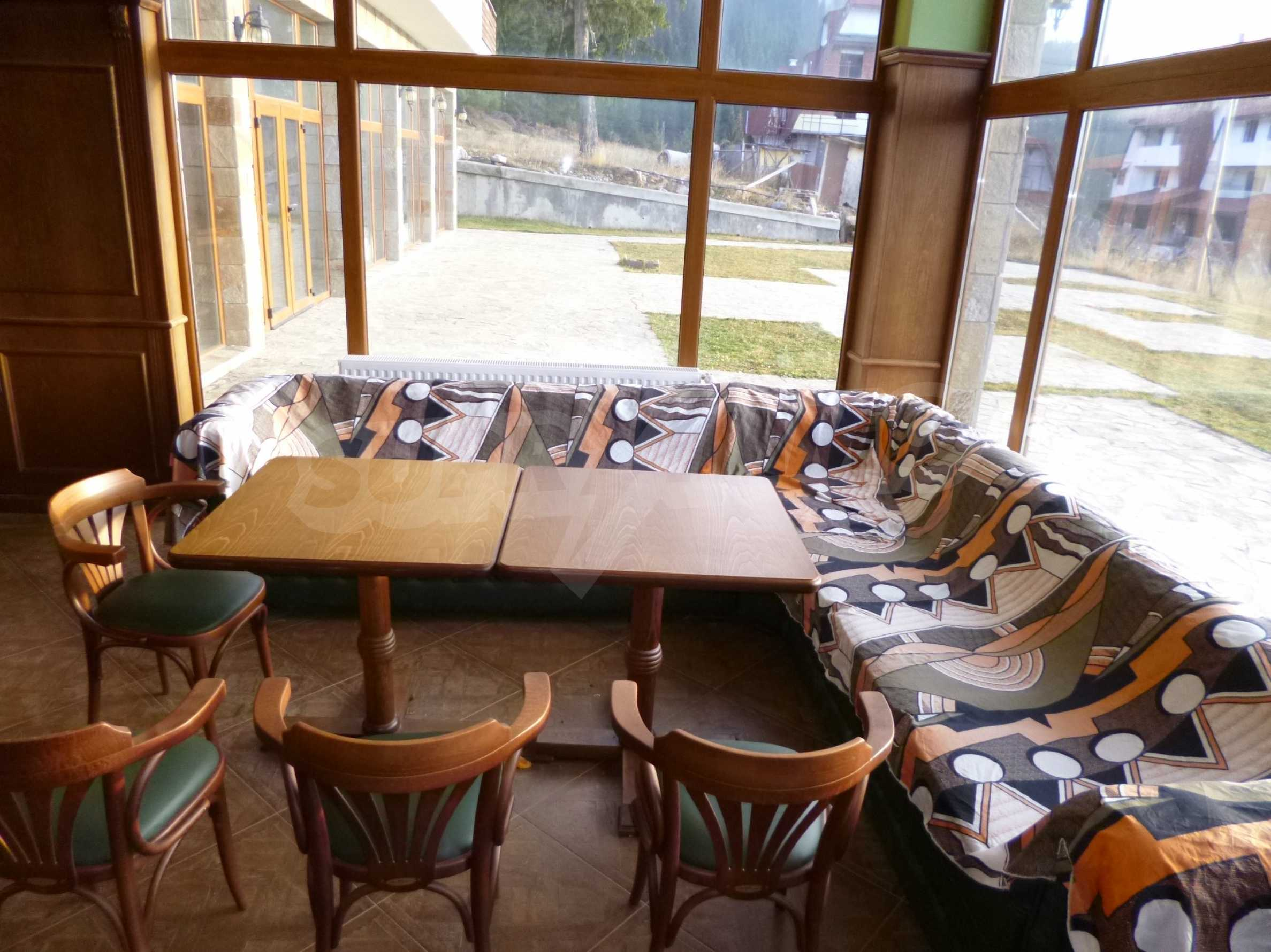 Top floor apartment in Pamporovo 15