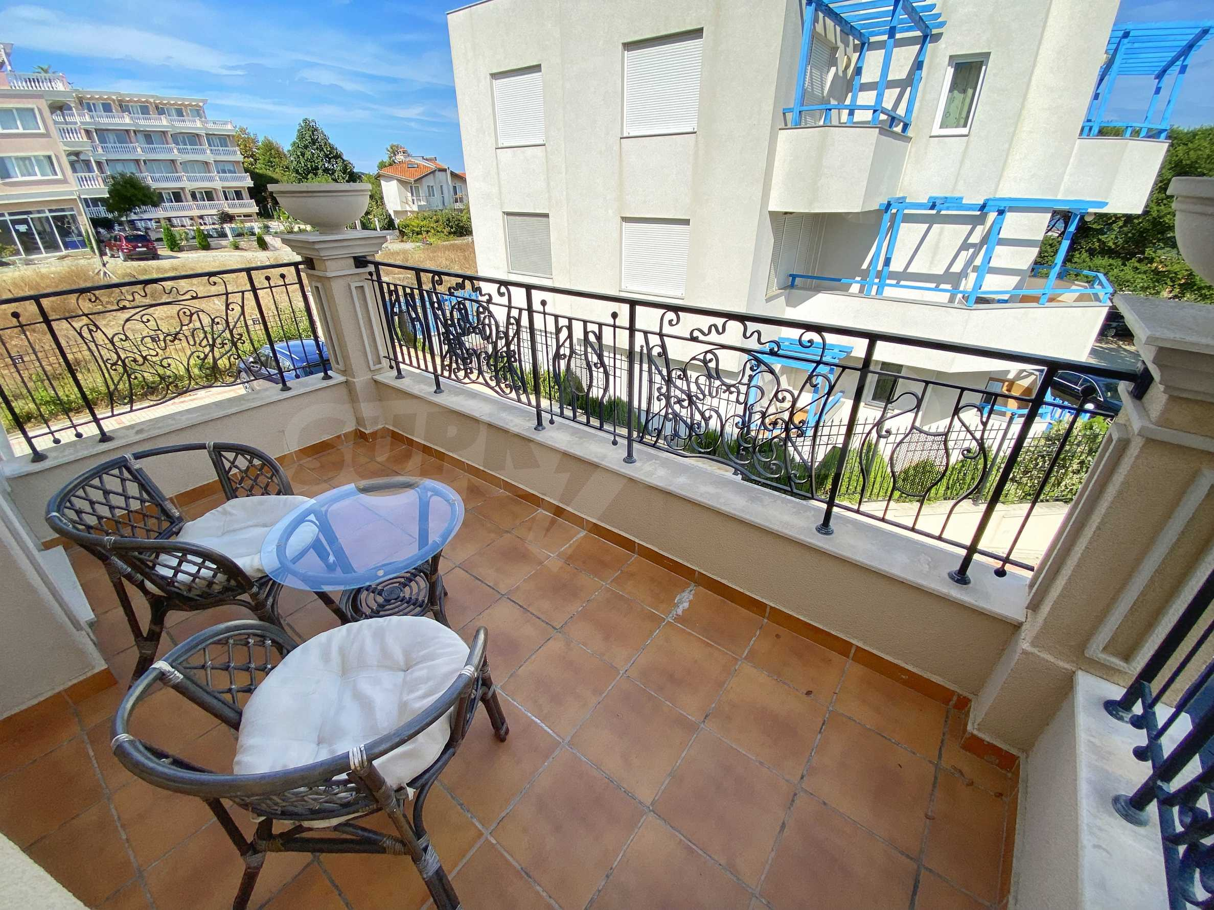 Luxurious apartment with sea views in Belle Époque remarkable residence by Central Beach 24