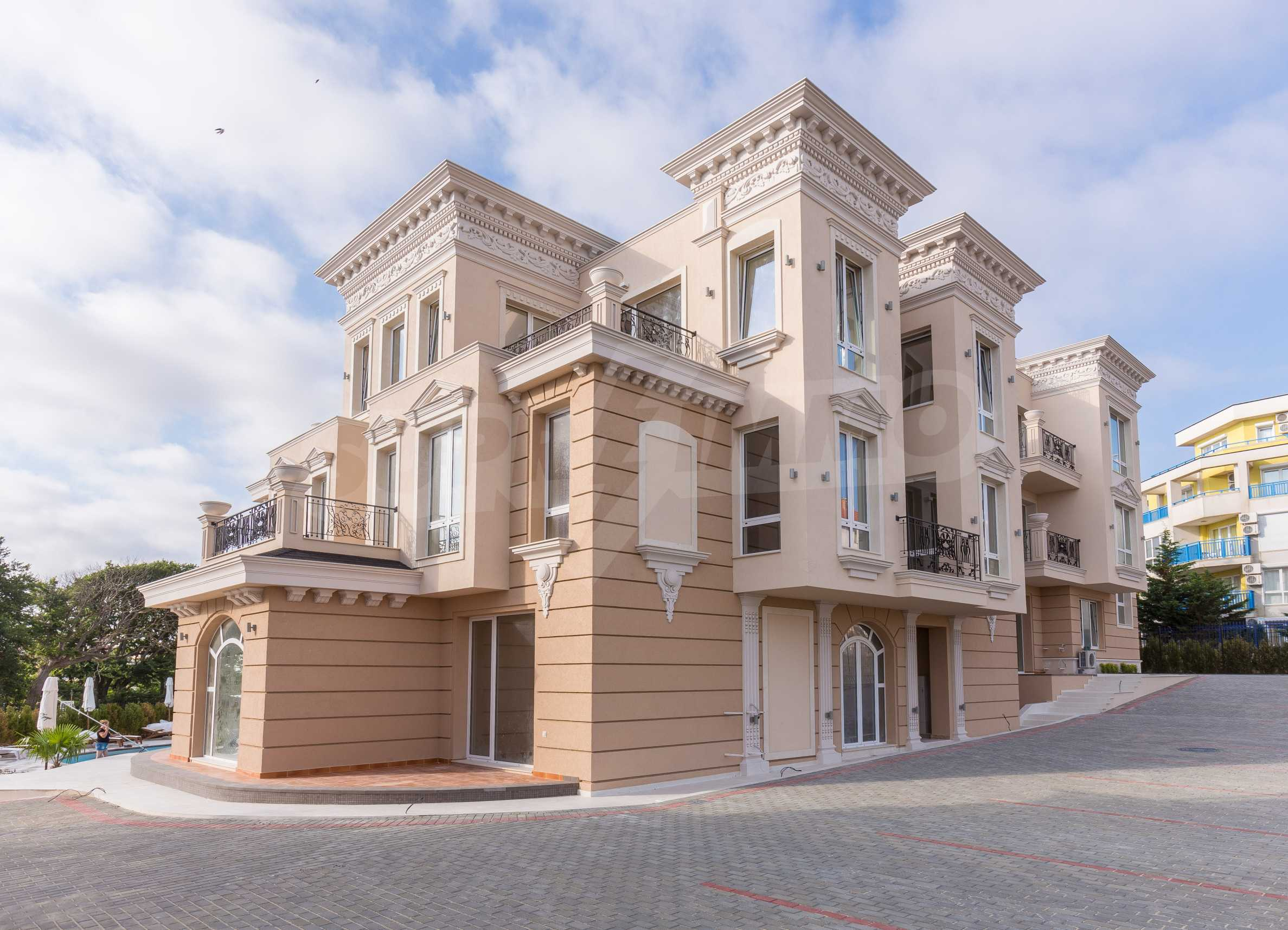 Luxurious apartment with sea views in Belle Époque remarkable residence by Central Beach 51
