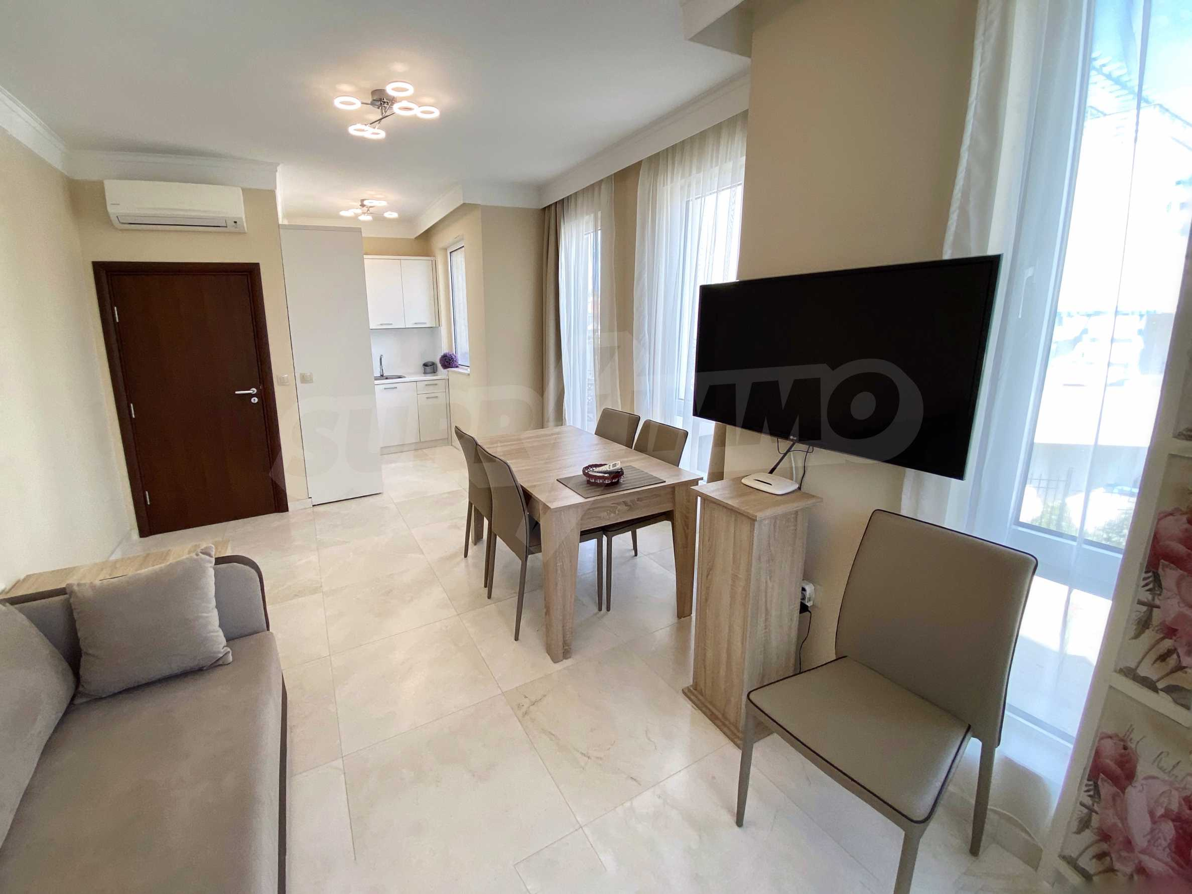 Luxurious apartment with sea views in Belle Époque remarkable residence by Central Beach 8