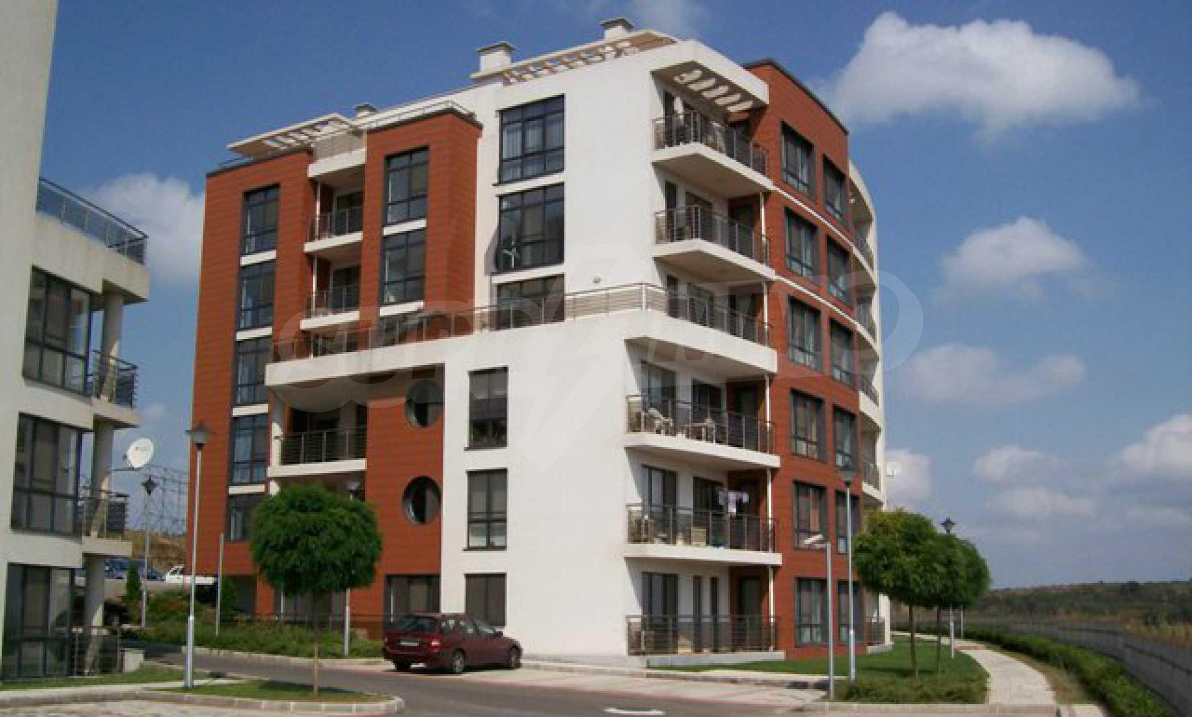 Sunny Hill - элитный жилой комплекс в Бургасе 2