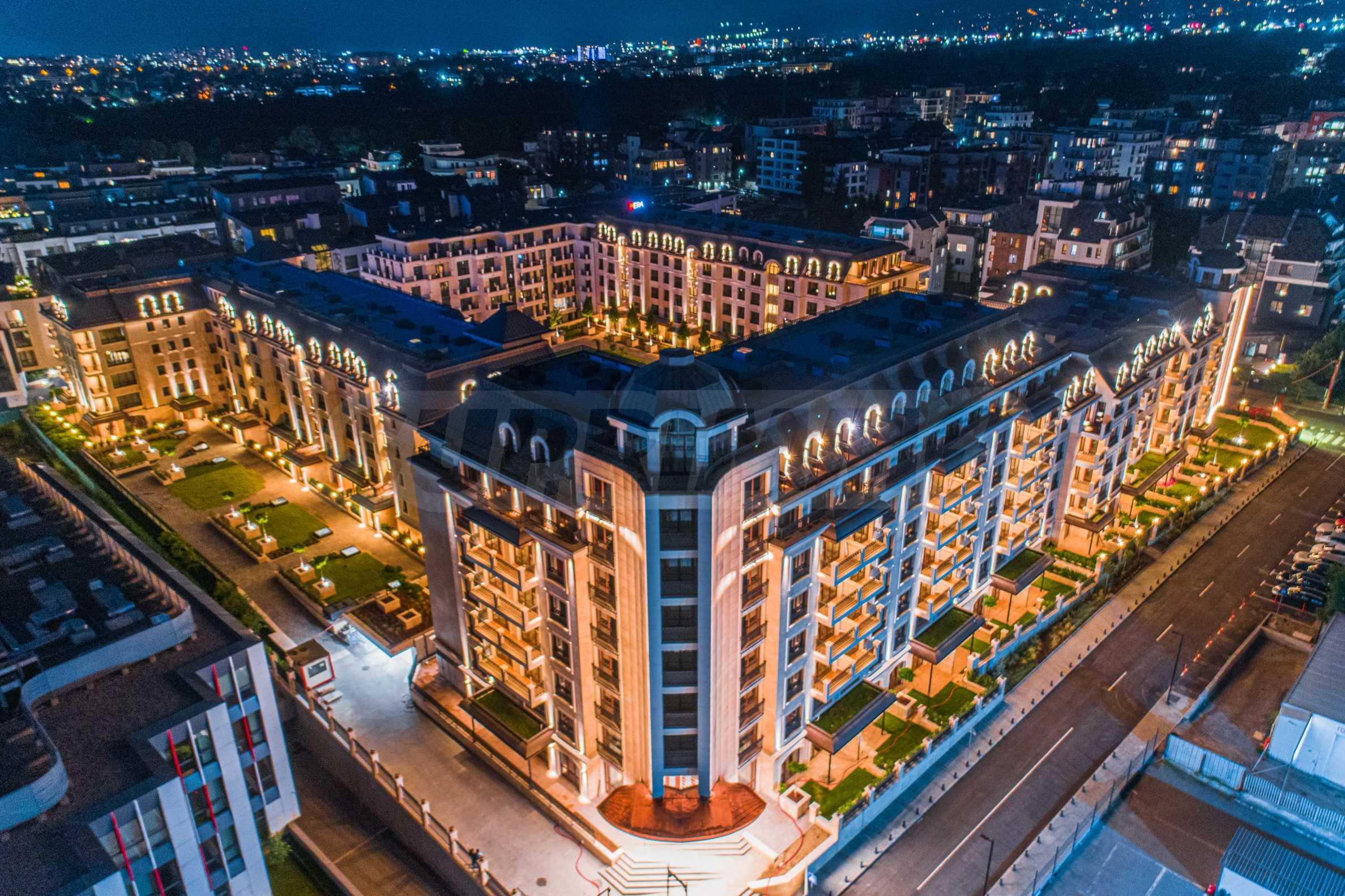 Wohnkomplex mit Park und Annehmlichkeiten der höchsten Klasse neben der Paradise Mall