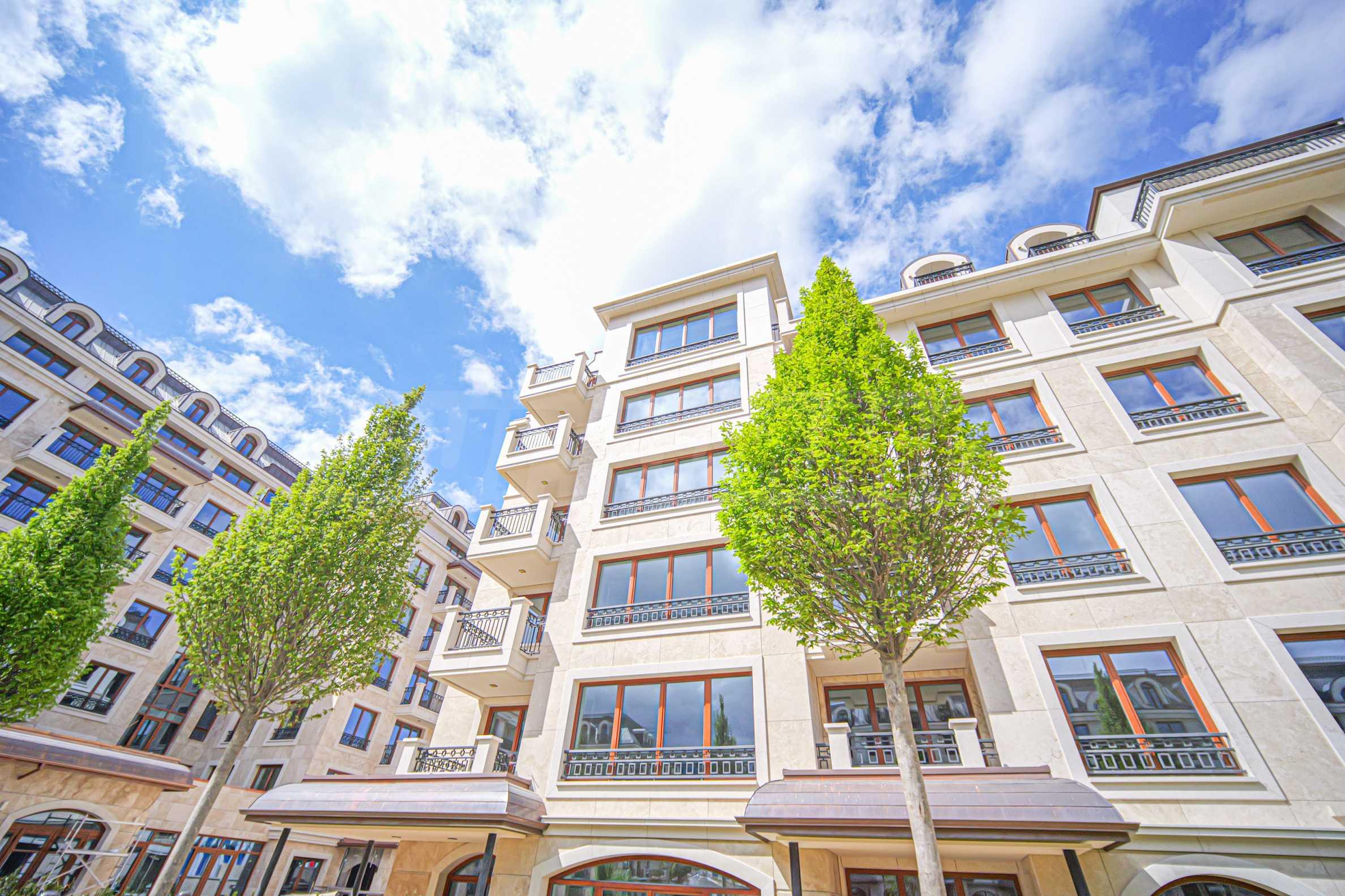 Wohnkomplex mit Park und Annehmlichkeiten der höchsten Klasse neben der Paradise Mall 10