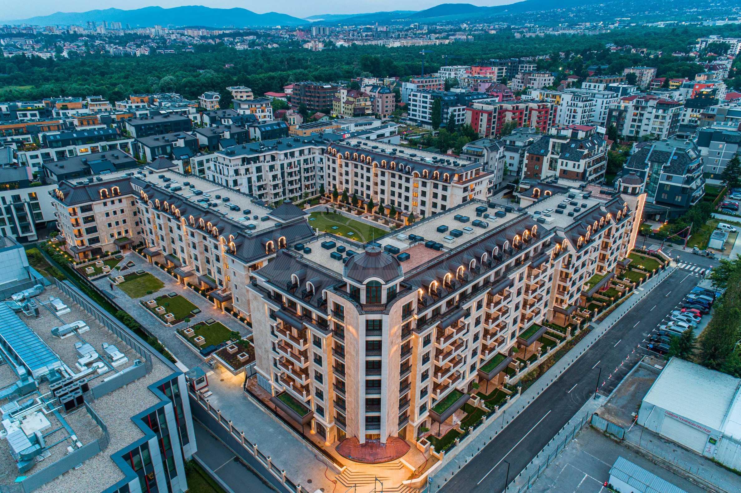 Wohnkomplex mit Park und Annehmlichkeiten der höchsten Klasse neben der Paradise Mall 1