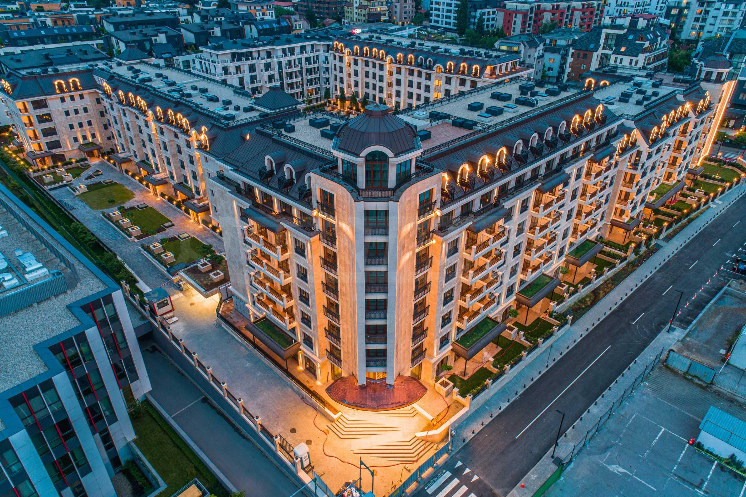 Wohnkomplex mit Park und Annehmlichkeiten der höchsten Klasse neben der Paradise Mall 6