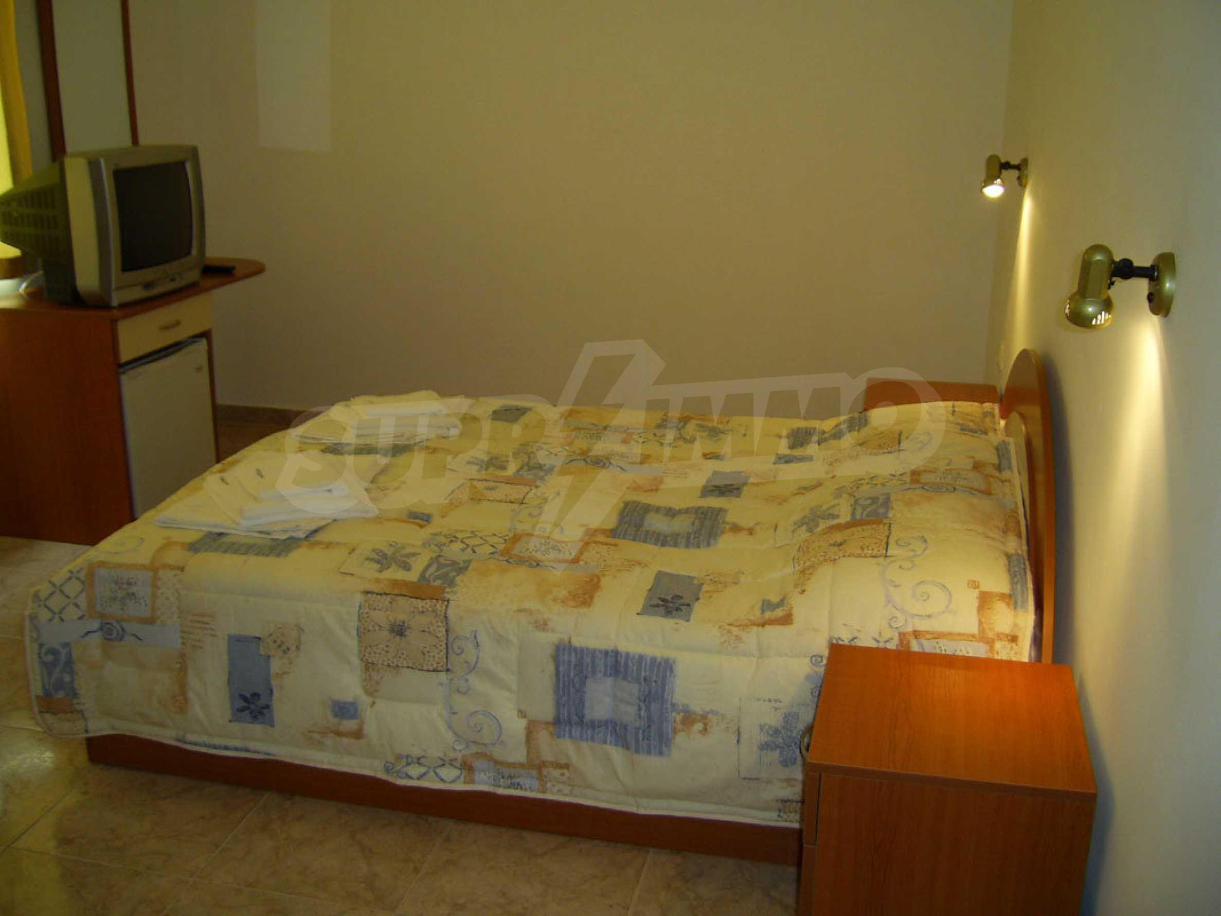 Hotel zum Verkauf in Kiten 12