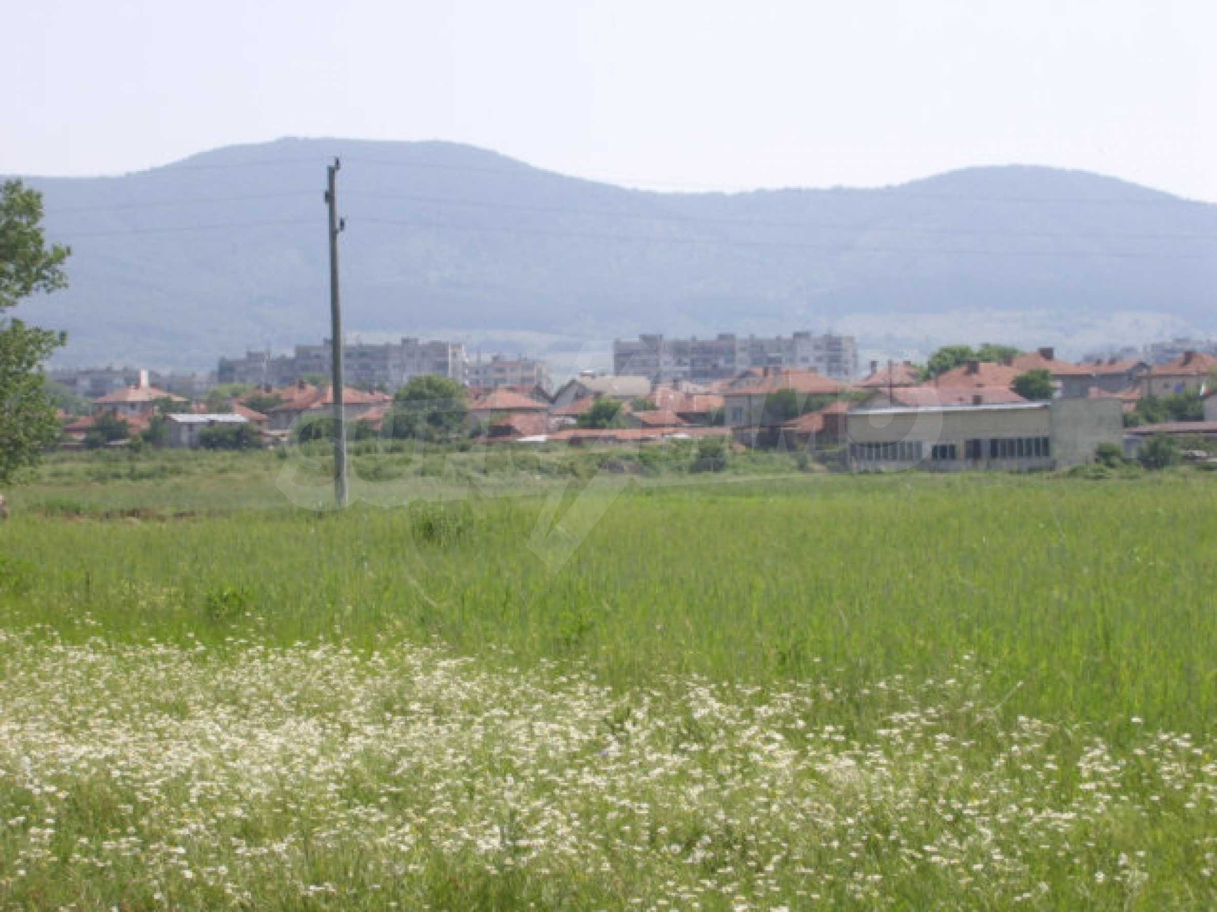 Земеделска земя в гр. Ихтиман 4
