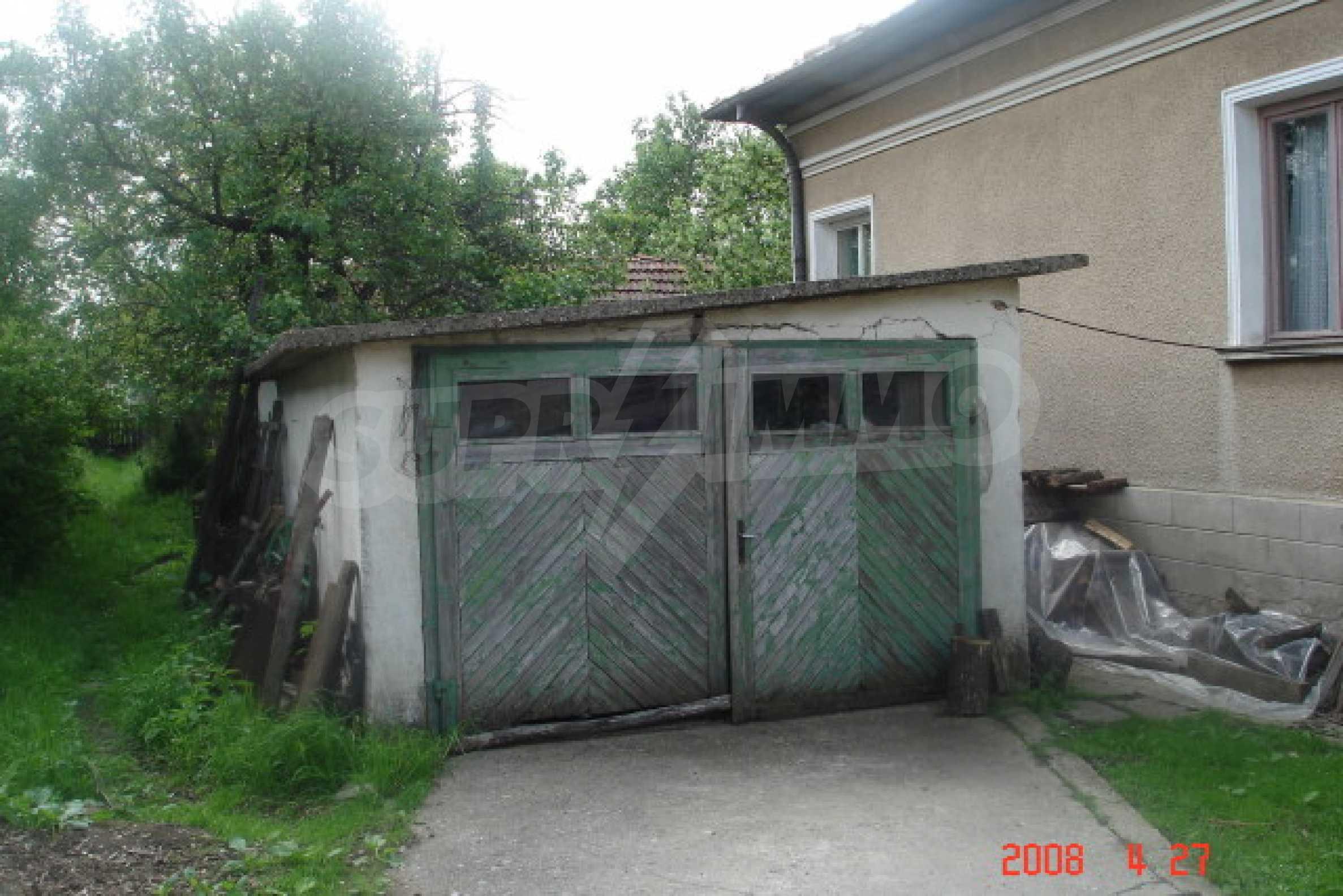 Къща в голямо село на 10 км от гр. Белоградчик 17