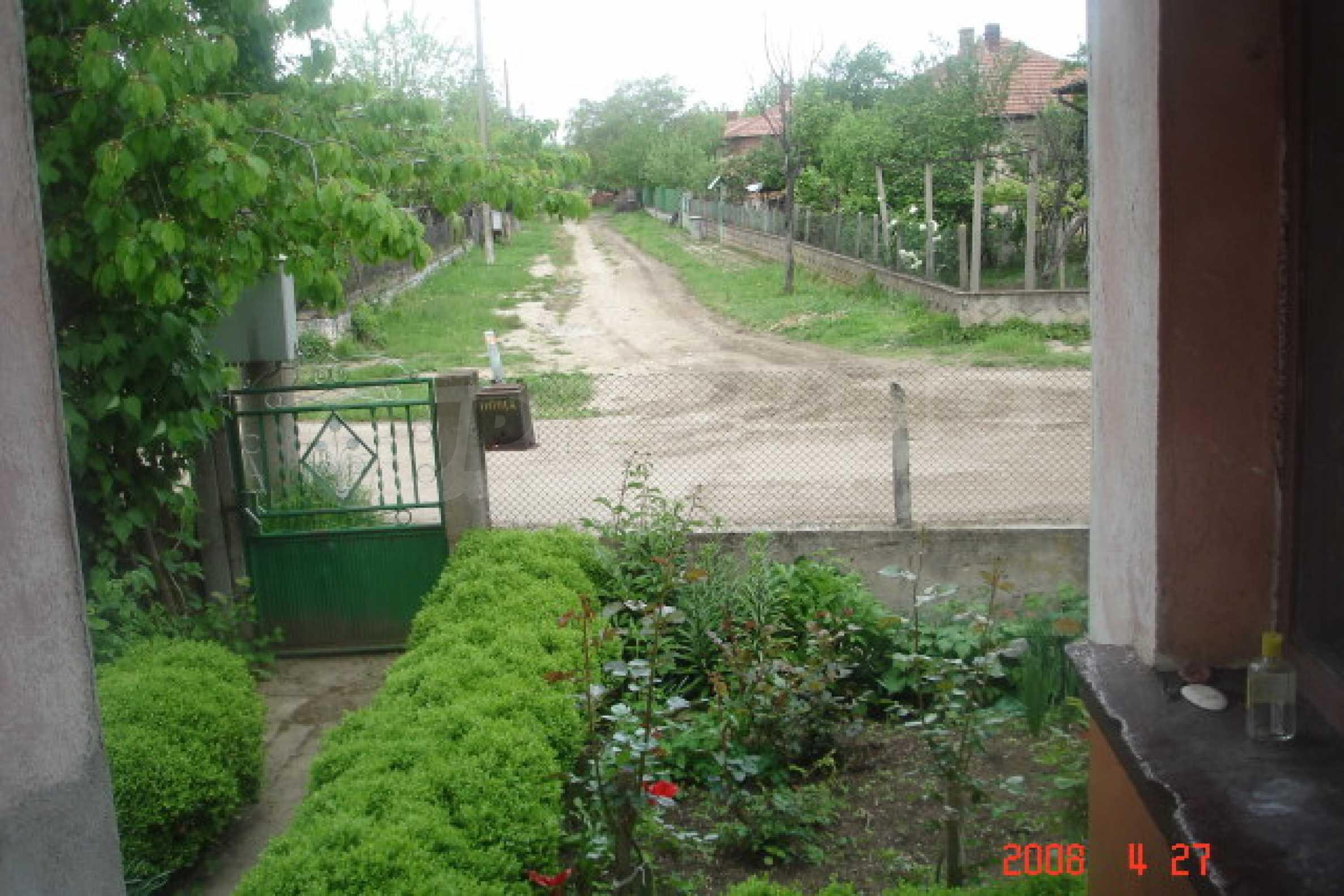 Къща в голямо село на 10 км от гр. Белоградчик 24