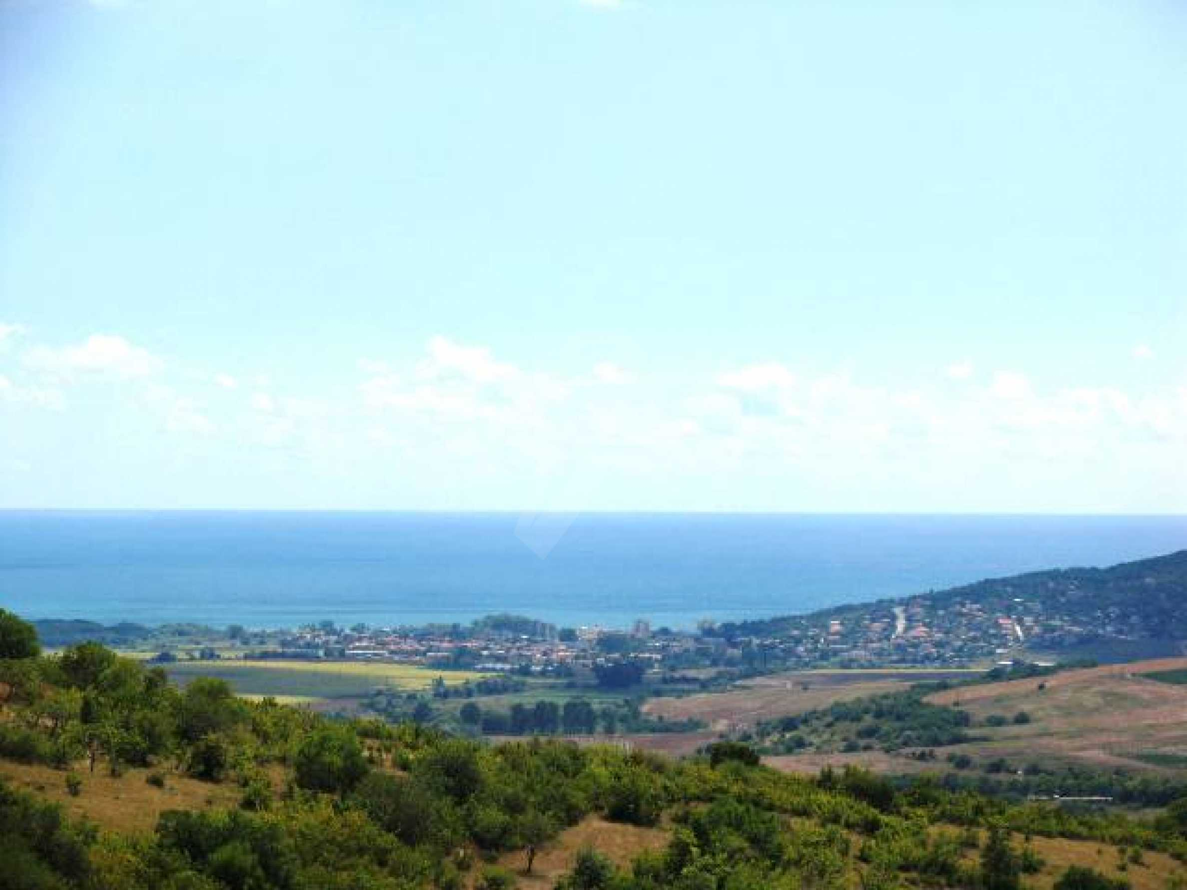 Excellent offer: plot of regulated land at a reasonable price and amazing sea view 9