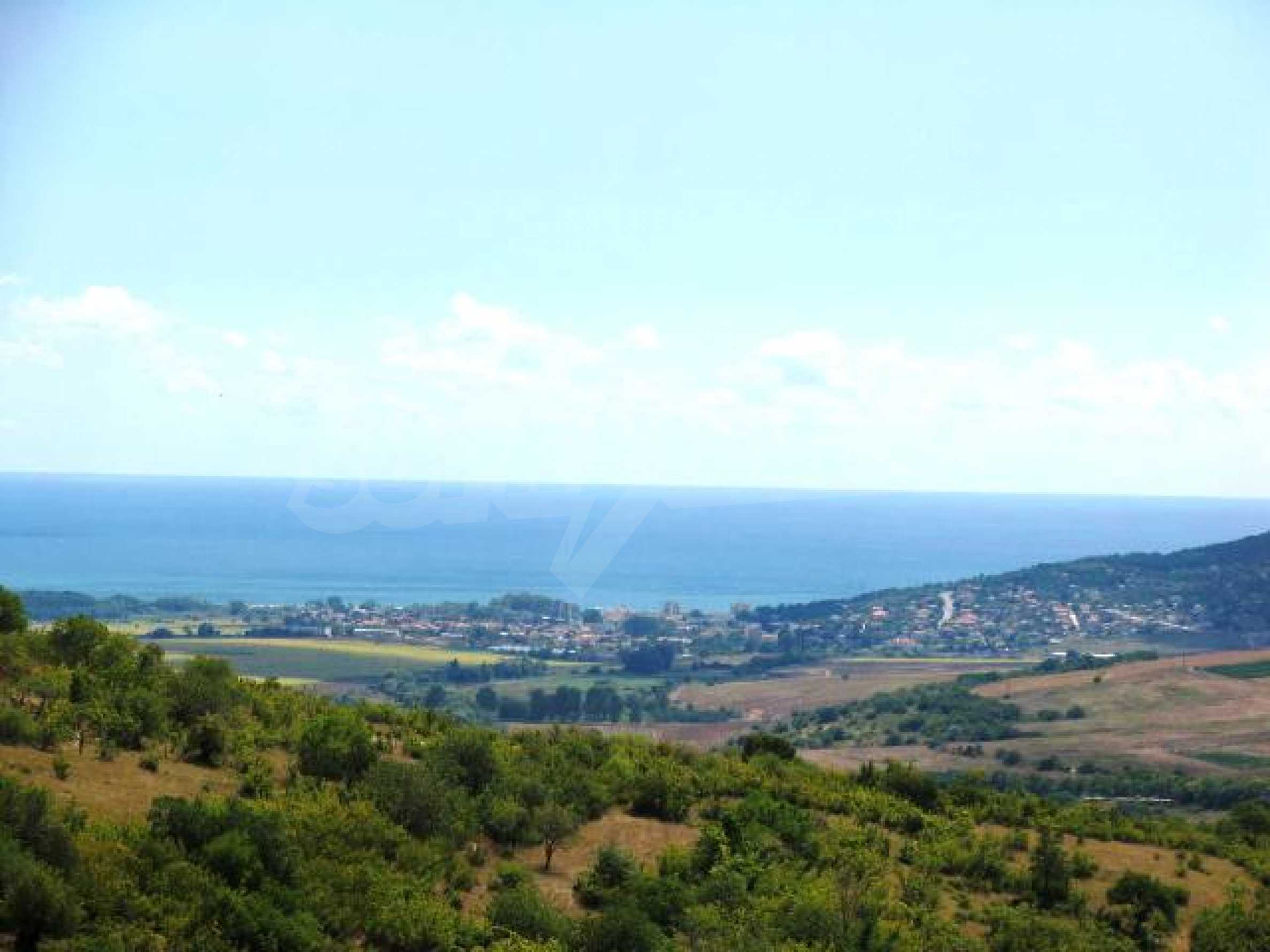Excellent offer: plot of regulated land at a reasonable price and amazing sea view 10