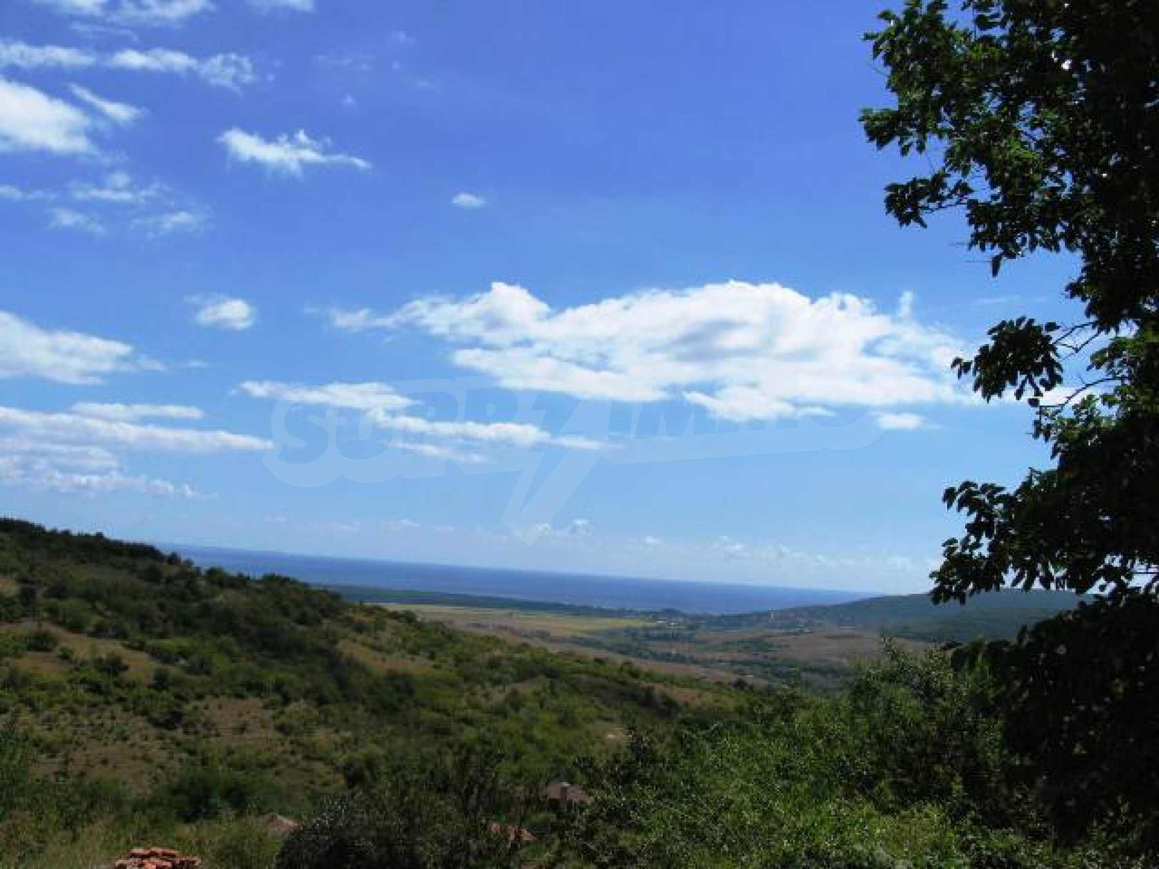 Excellent offer: plot of regulated land at a reasonable price and amazing sea view 1