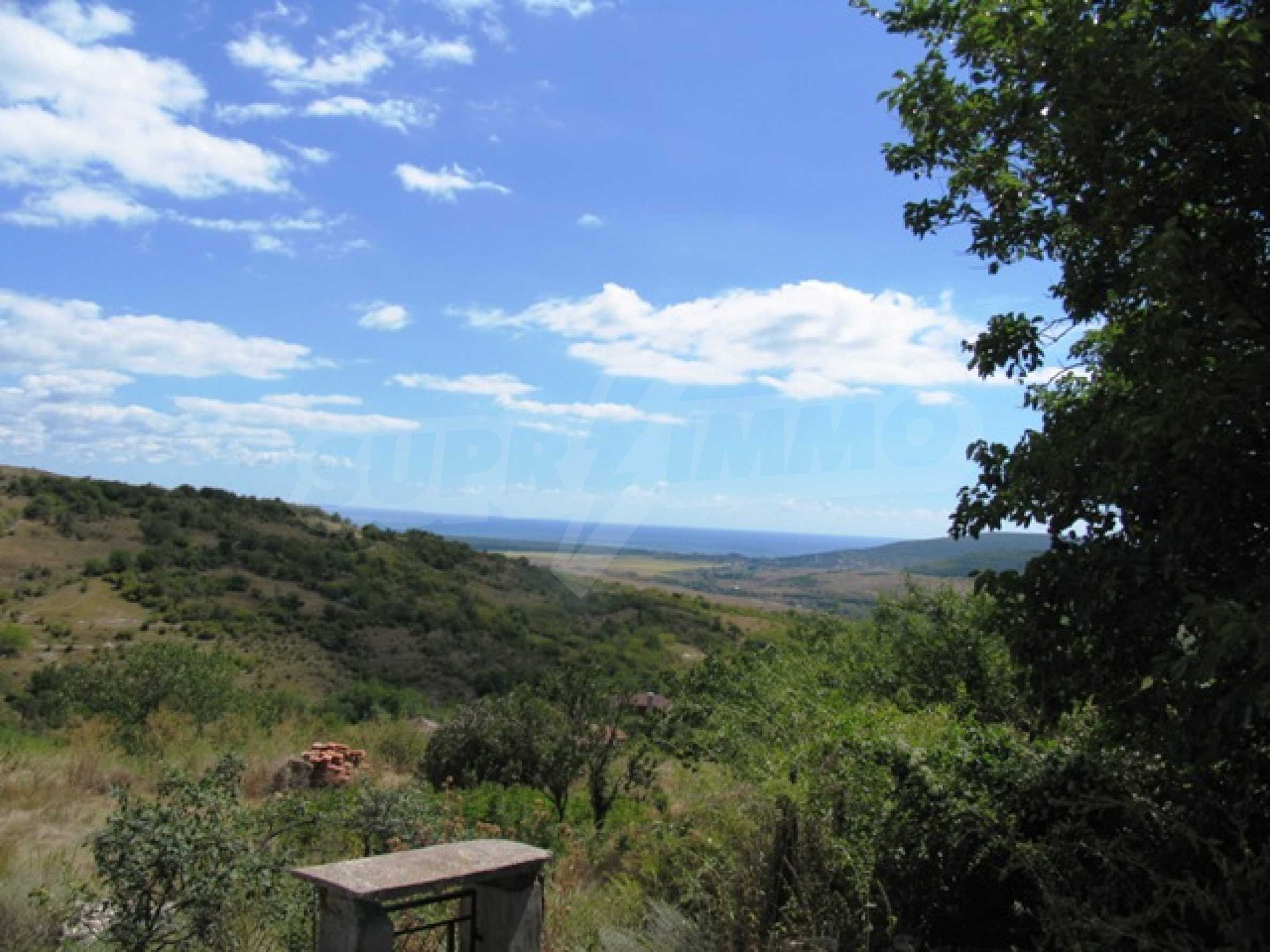Excellent offer: plot of regulated land at a reasonable price and amazing sea view 2