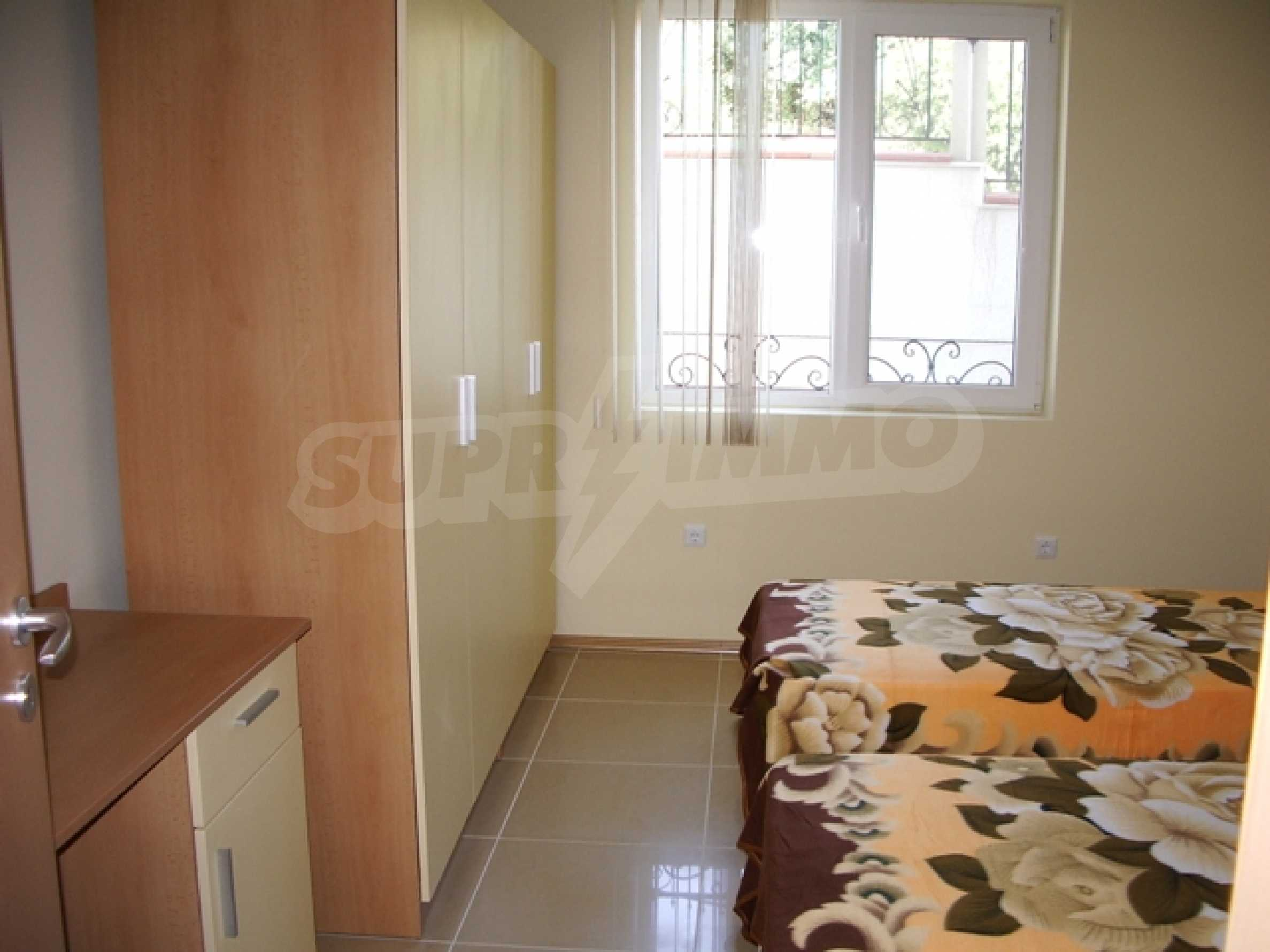 Distinctive 2-bedroom apartment with seaview 4